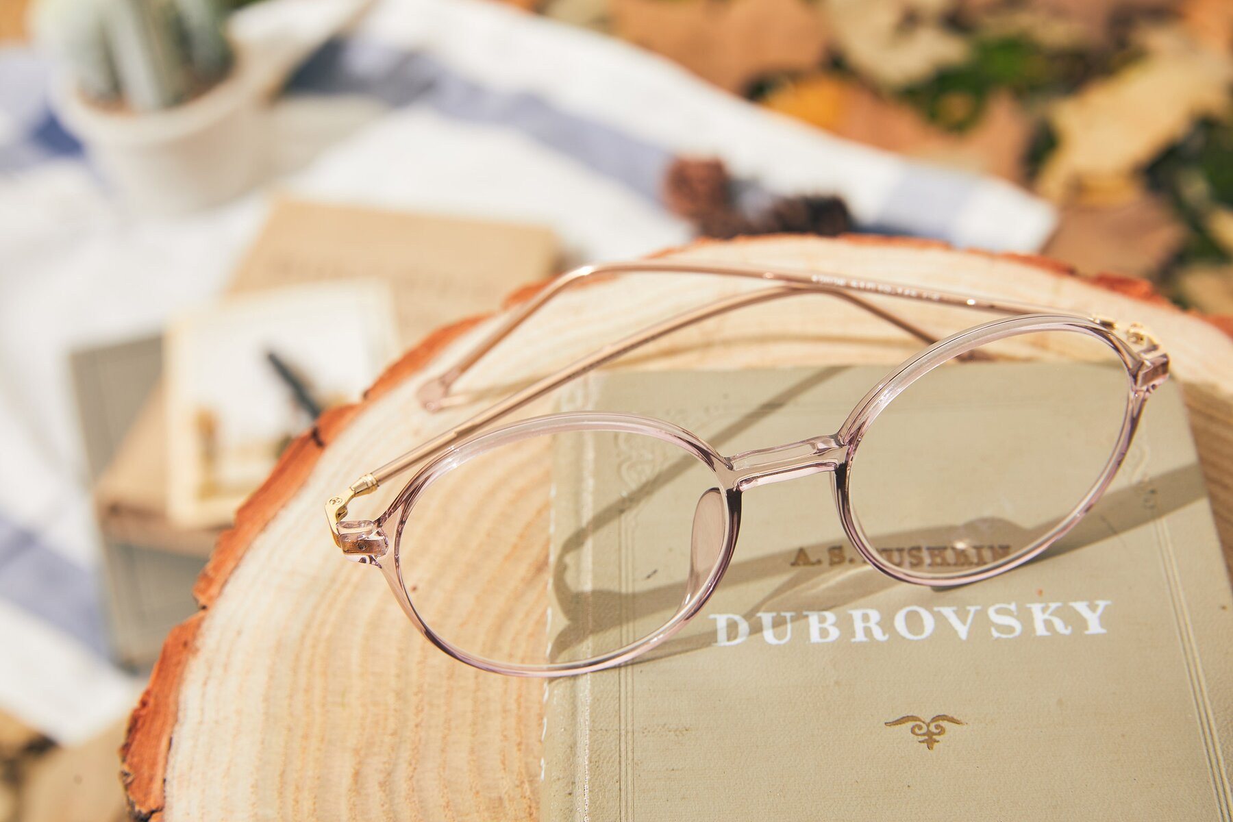 Lifestyle photography #2 of 12026 in Amber with Clear Eyeglass Lenses