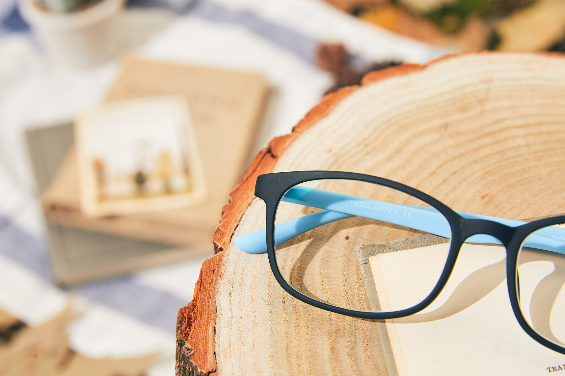 Lifestyle photography #3 of 9805 in Matte Black-Blue with Clear Eyeglass Lenses