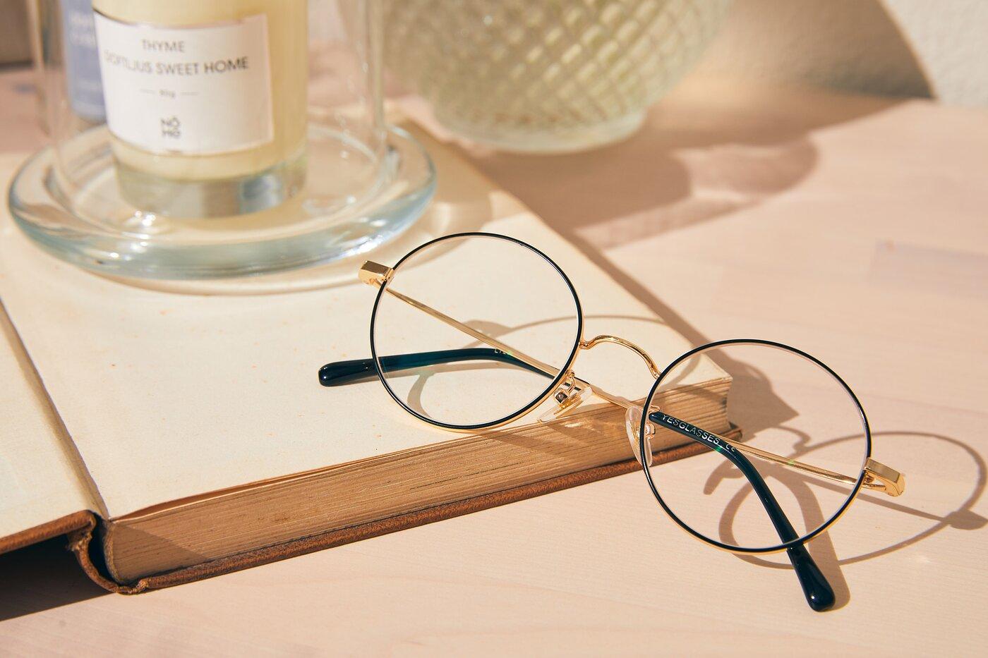 Black-Gold Thin Metal Round Eyeglasses
