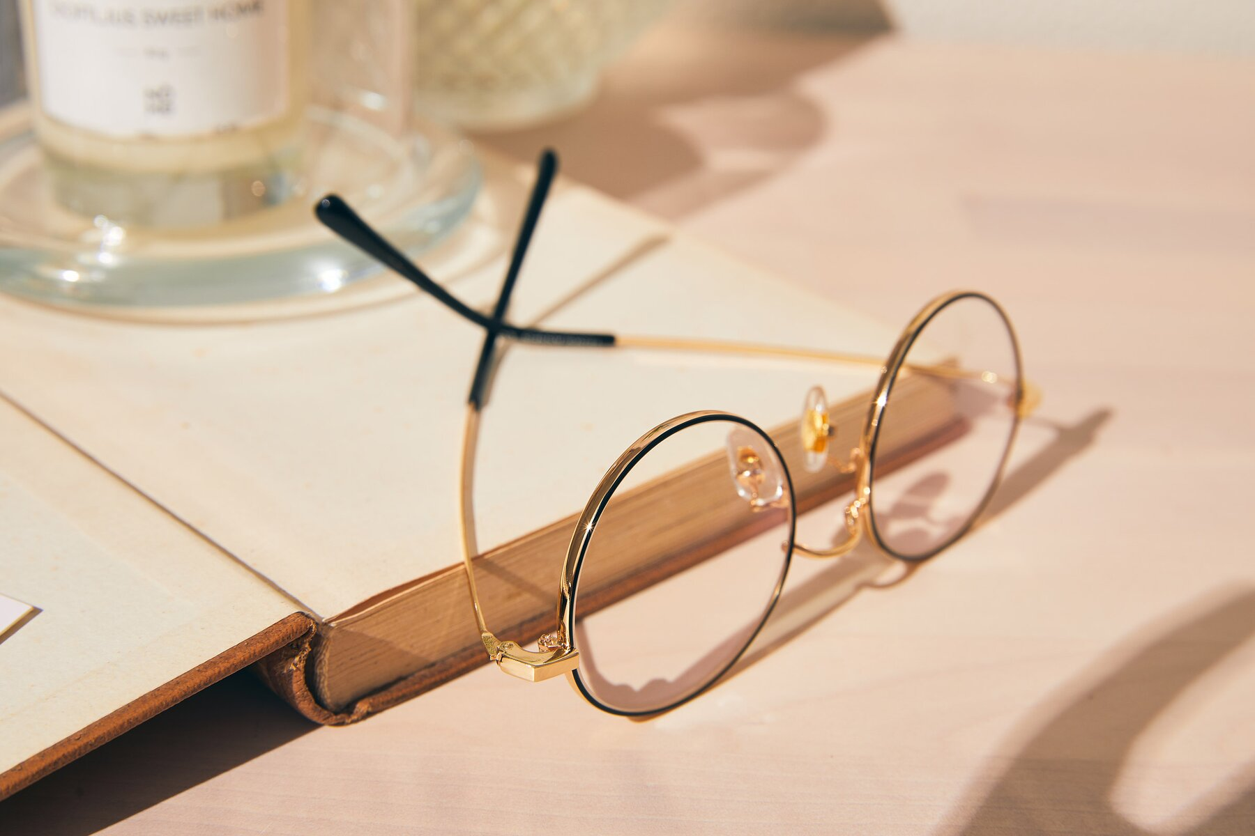 Lifestyle photography #2 of LT2096 in Black-Gold with Clear Eyeglass Lenses