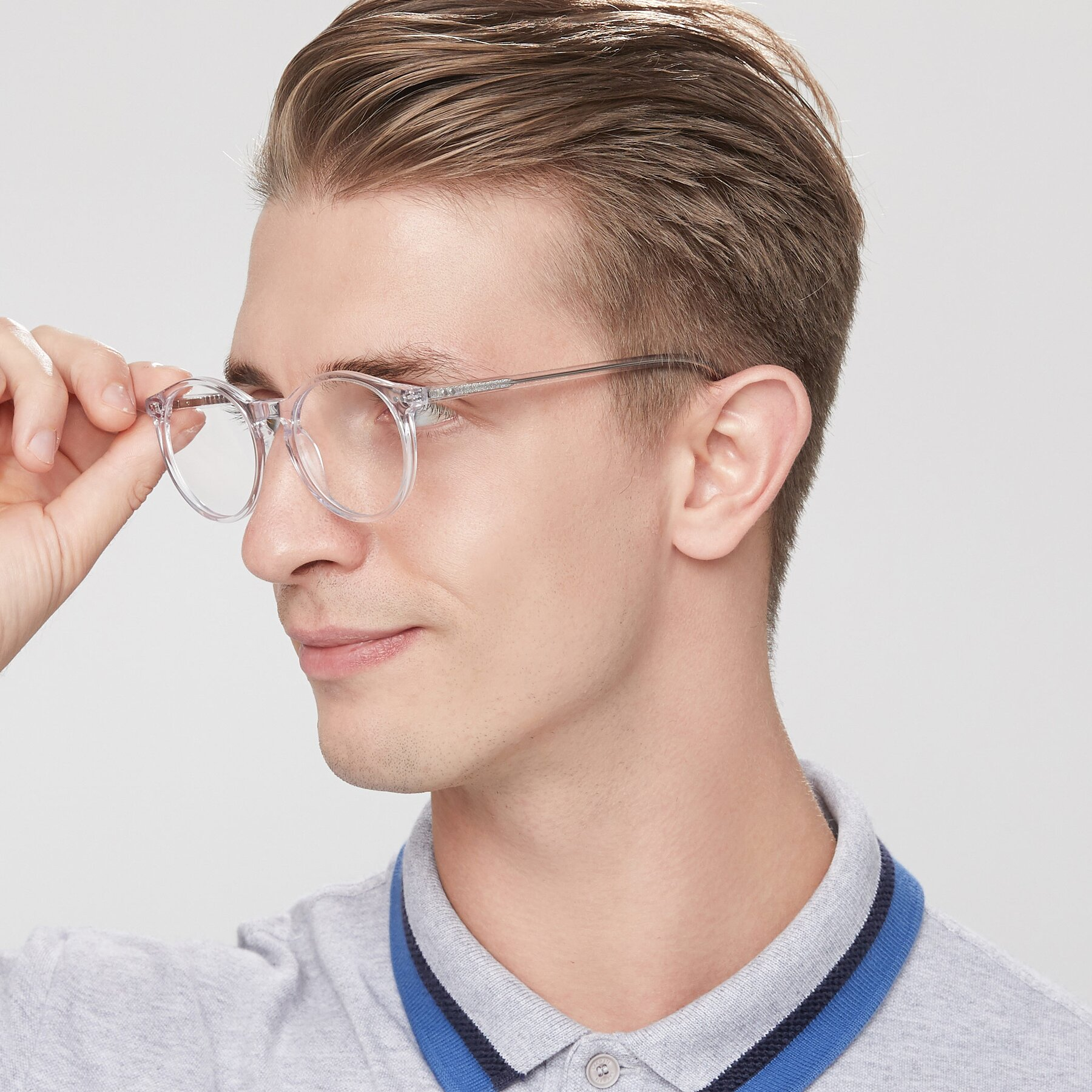 Men's lifestyle photography of Echo in Clear with Clear Eyeglass Lenses