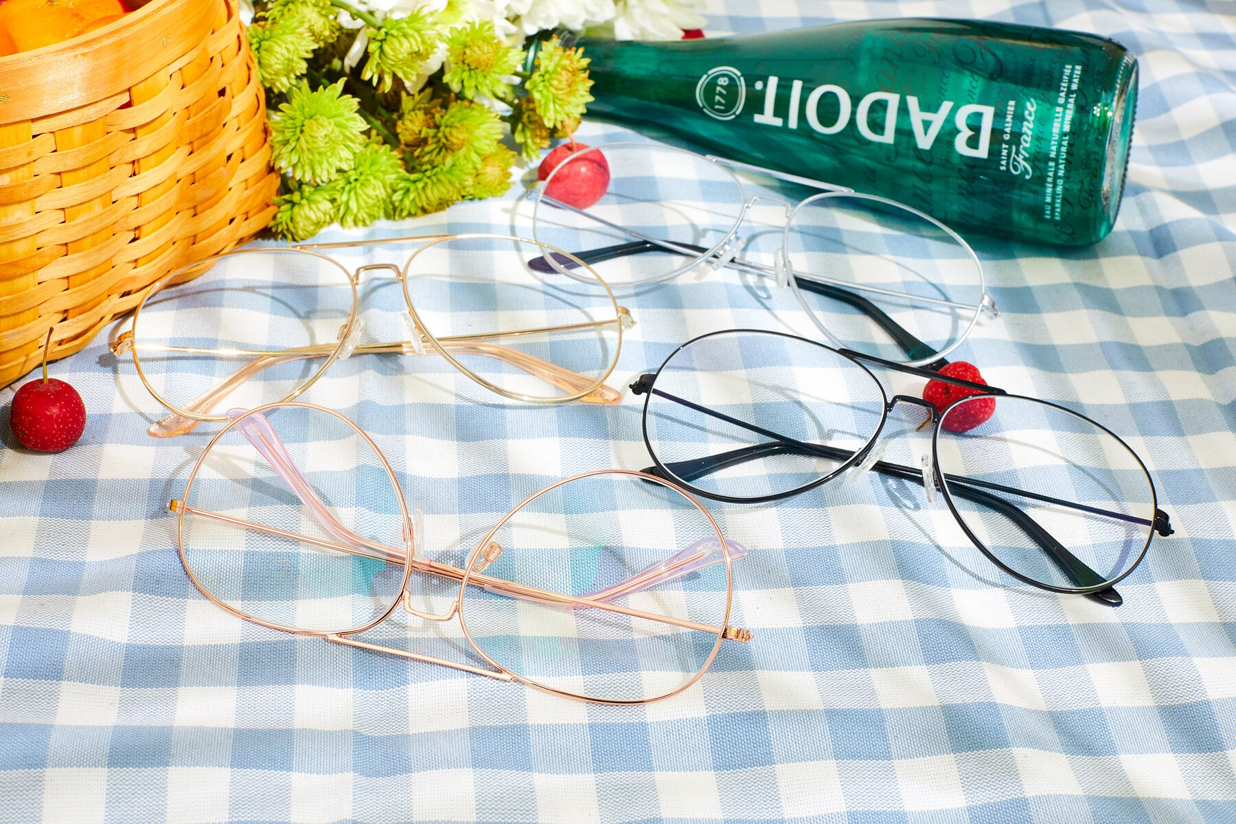Women's lifestyle photography #4 of Paradise in Rose Glod with Clear Blue Light Blocking Lenses
