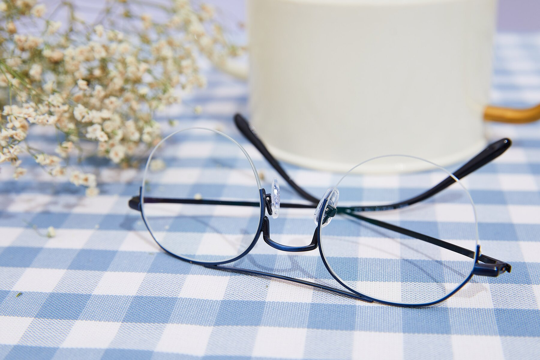 Lifestyle photography #2 of 9521 in Blue with Clear Eyeglass Lenses