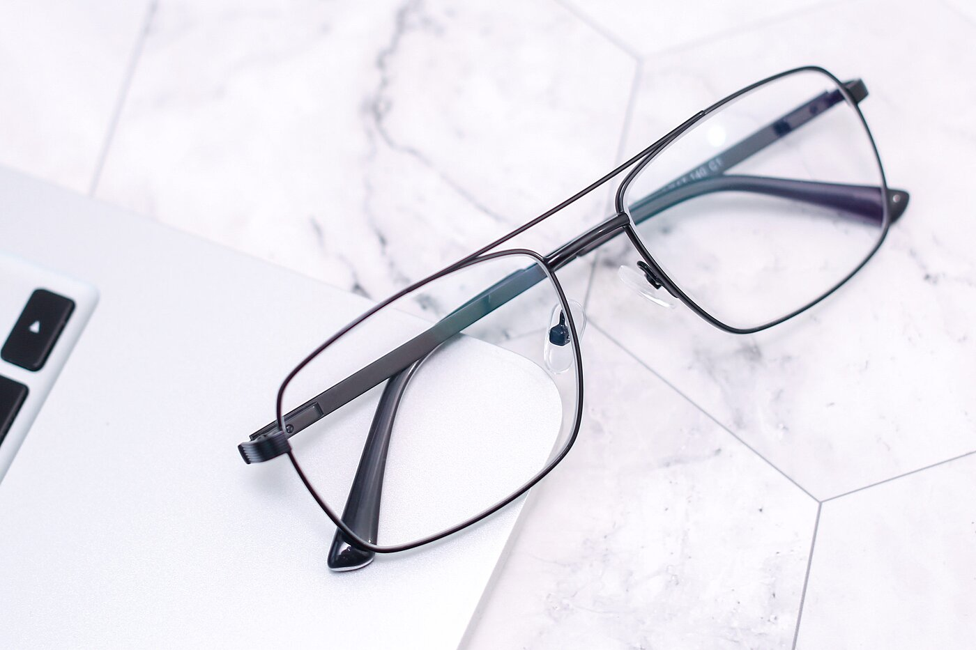 Black Classic Metal Rectangle Eyeglasses