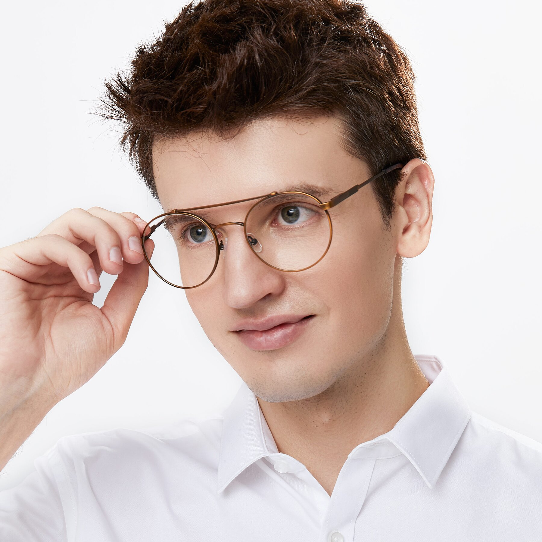 Men's lifestyle photography of 9490 in Antique Bronze with Clear Eyeglass Lenses