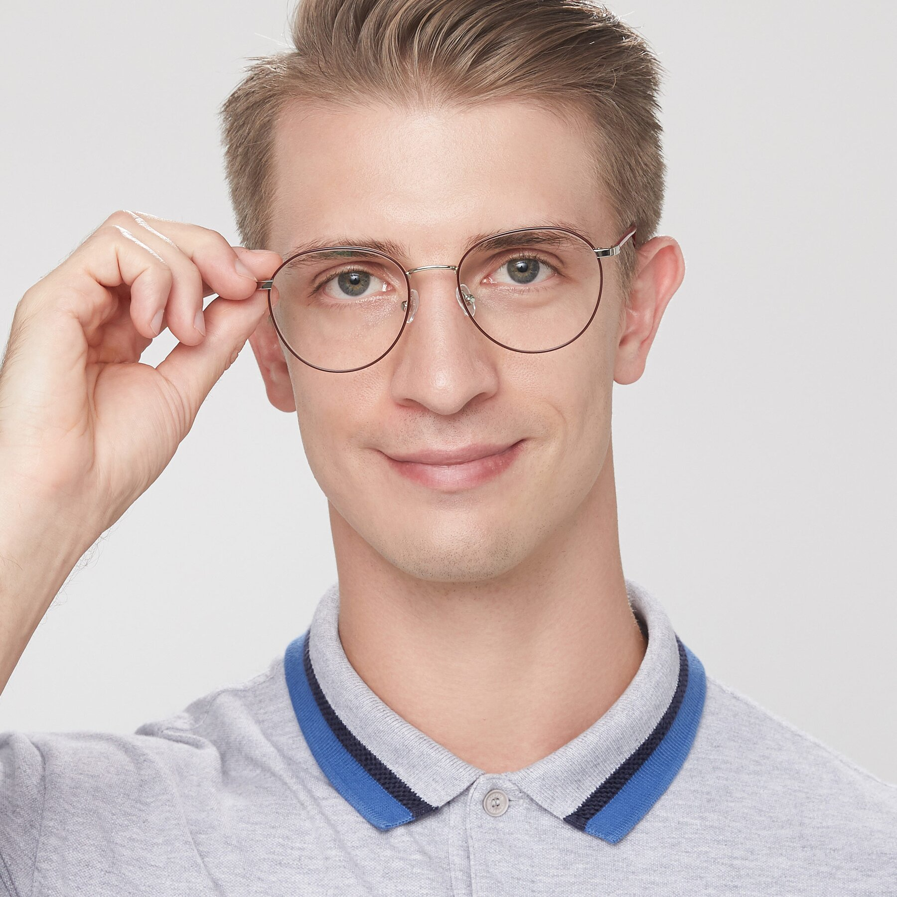 Men's lifestyle photography of 9553 in Wine-Silver with Clear Eyeglass Lenses