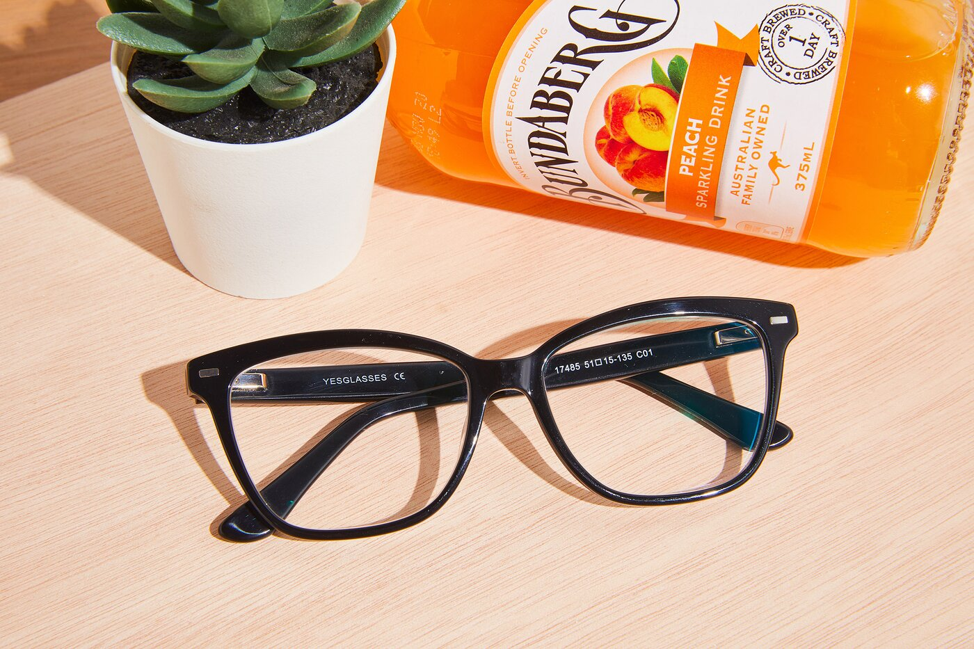 Black Retro-Vintage Acetate Cat-Eye Eyeglasses