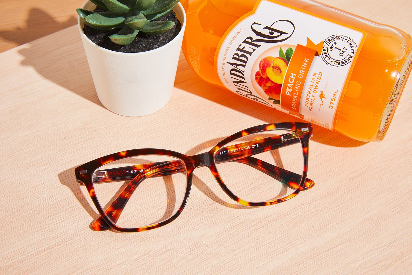 Tortoise Retro-Vintage Acetate Cat-Eye Eyeglasses