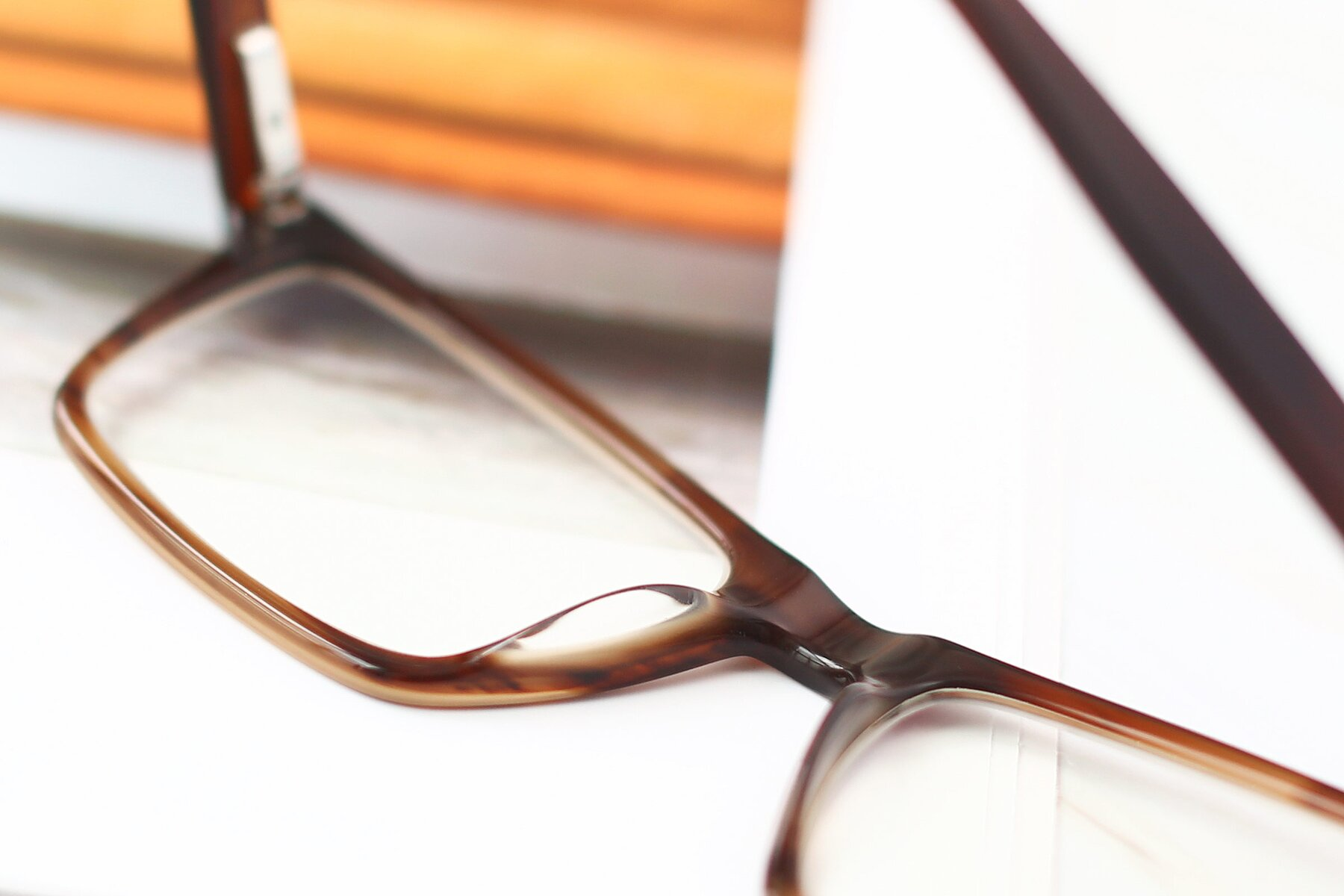Men's lifestyle photography #3 of 17486 in Brown with Clear Eyeglass Lenses