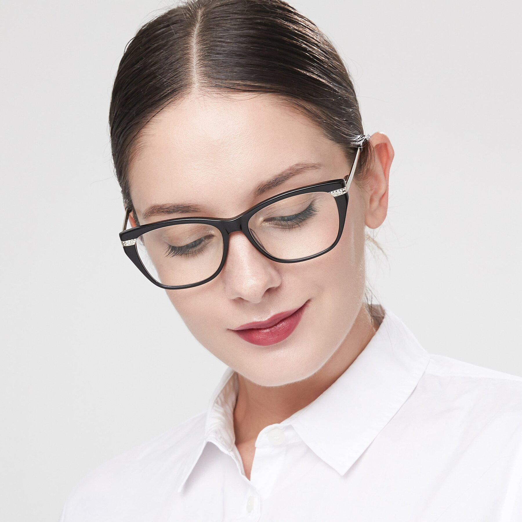 Women's lifestyle photography of 17515 in Black with Clear Eyeglass Lenses