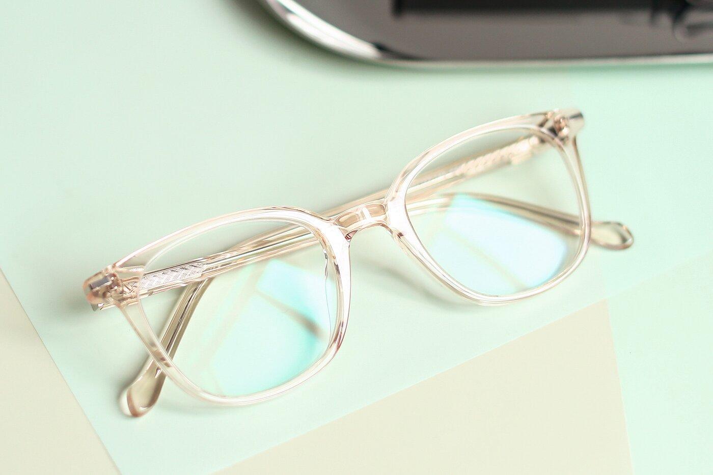 Transparent Pink Horn-Rimmed Wayfarer Square Eyeglasses