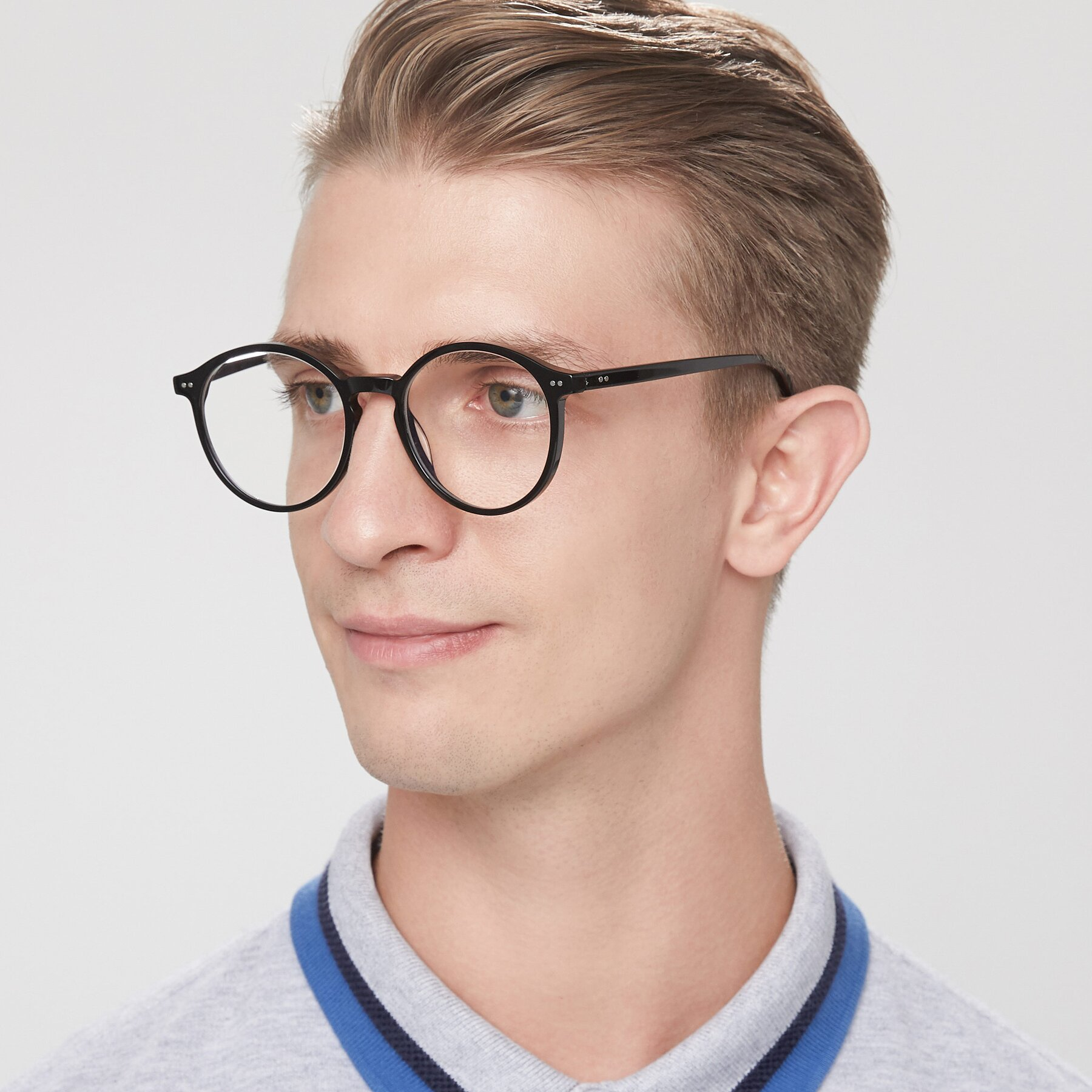 Men's lifestyle photography of 17571 in Black with Clear Blue Light Blocking Lenses