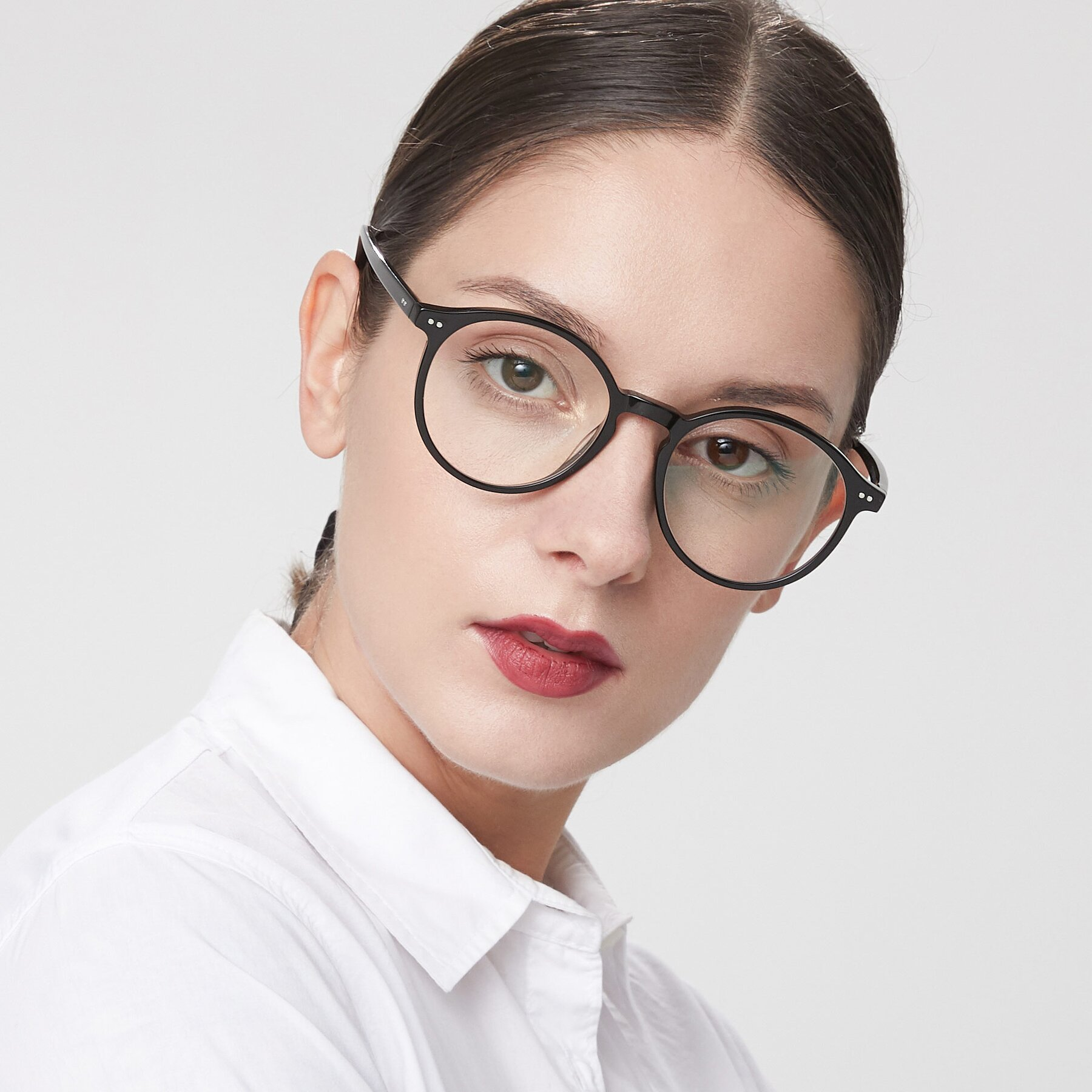 Women's lifestyle photography of 17571 in Black with Clear Eyeglass Lenses