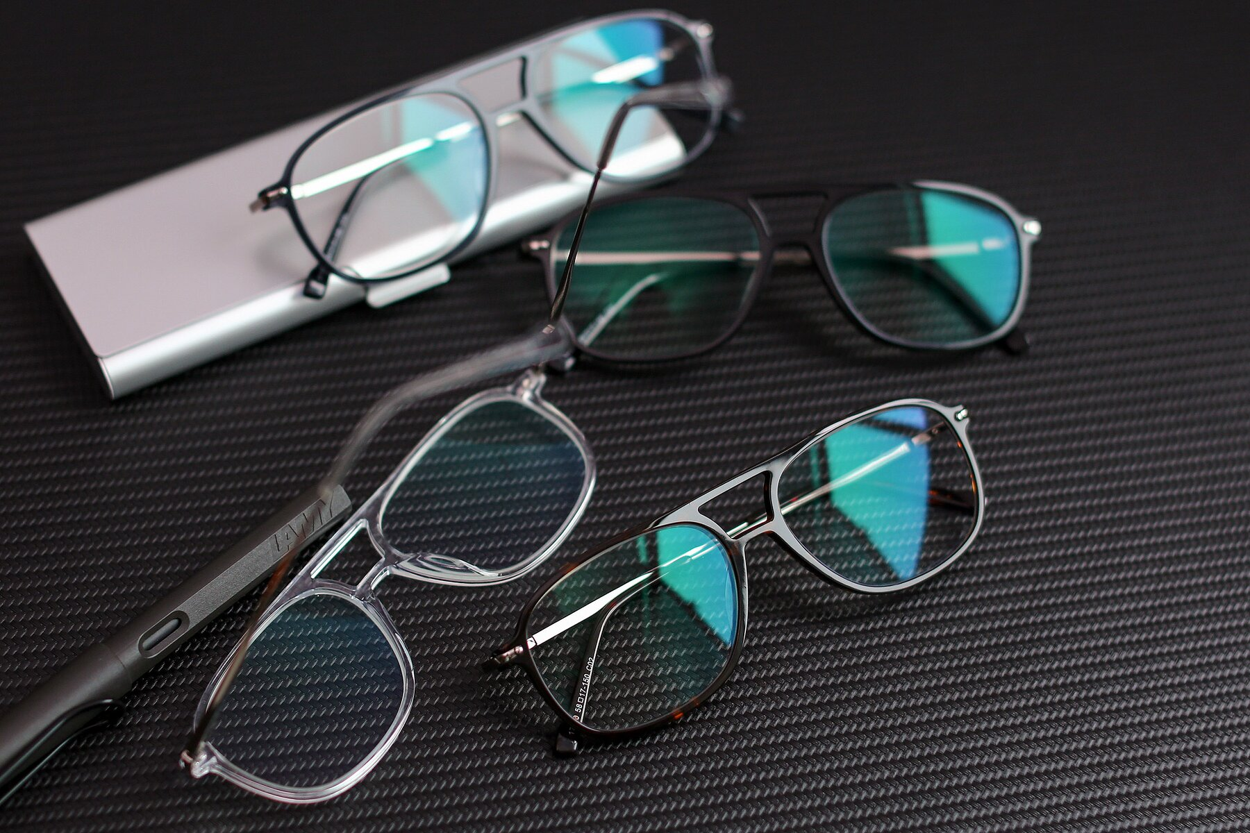 Lifestyle photography #4 of 17580 in Tortoise with Clear Blue Light Blocking Lenses