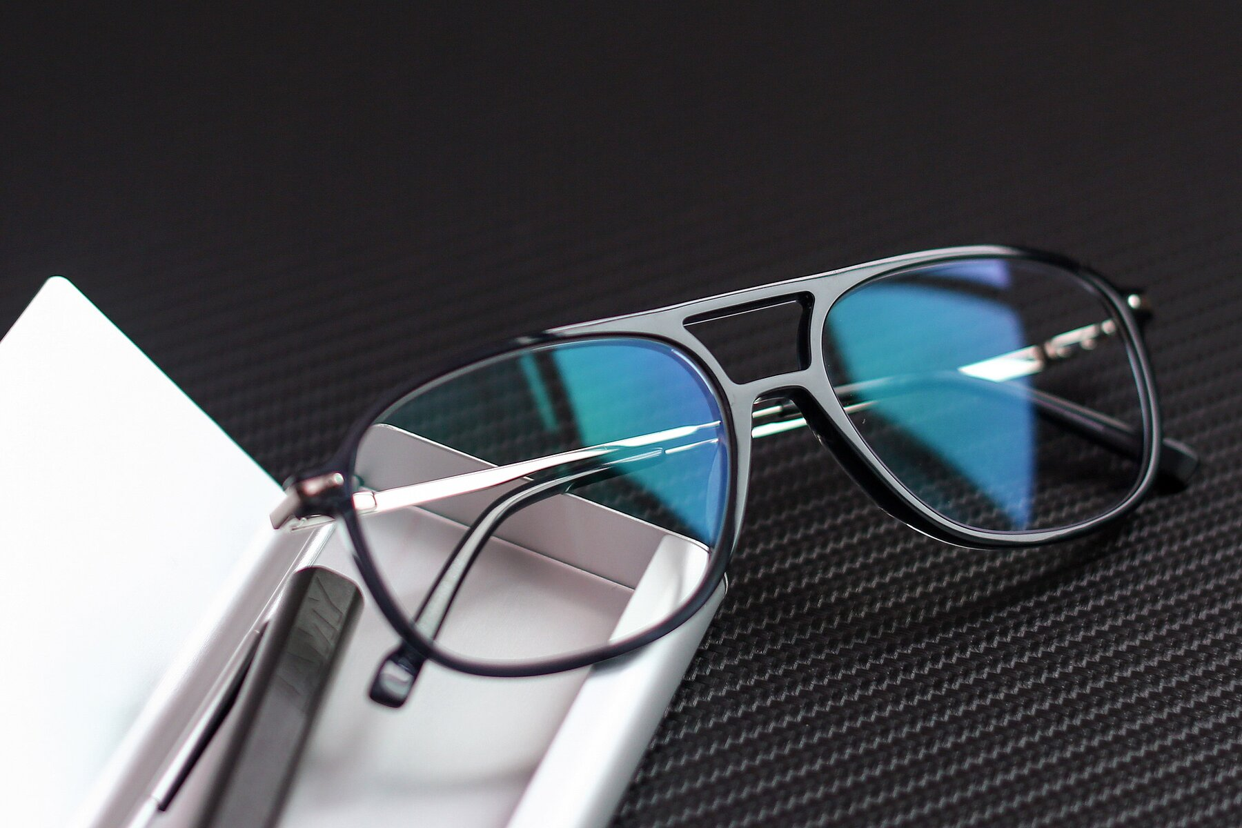 Lifestyle photography #1 of 17580 in Dark Bluish Gray with Clear Blue Light Blocking Lenses