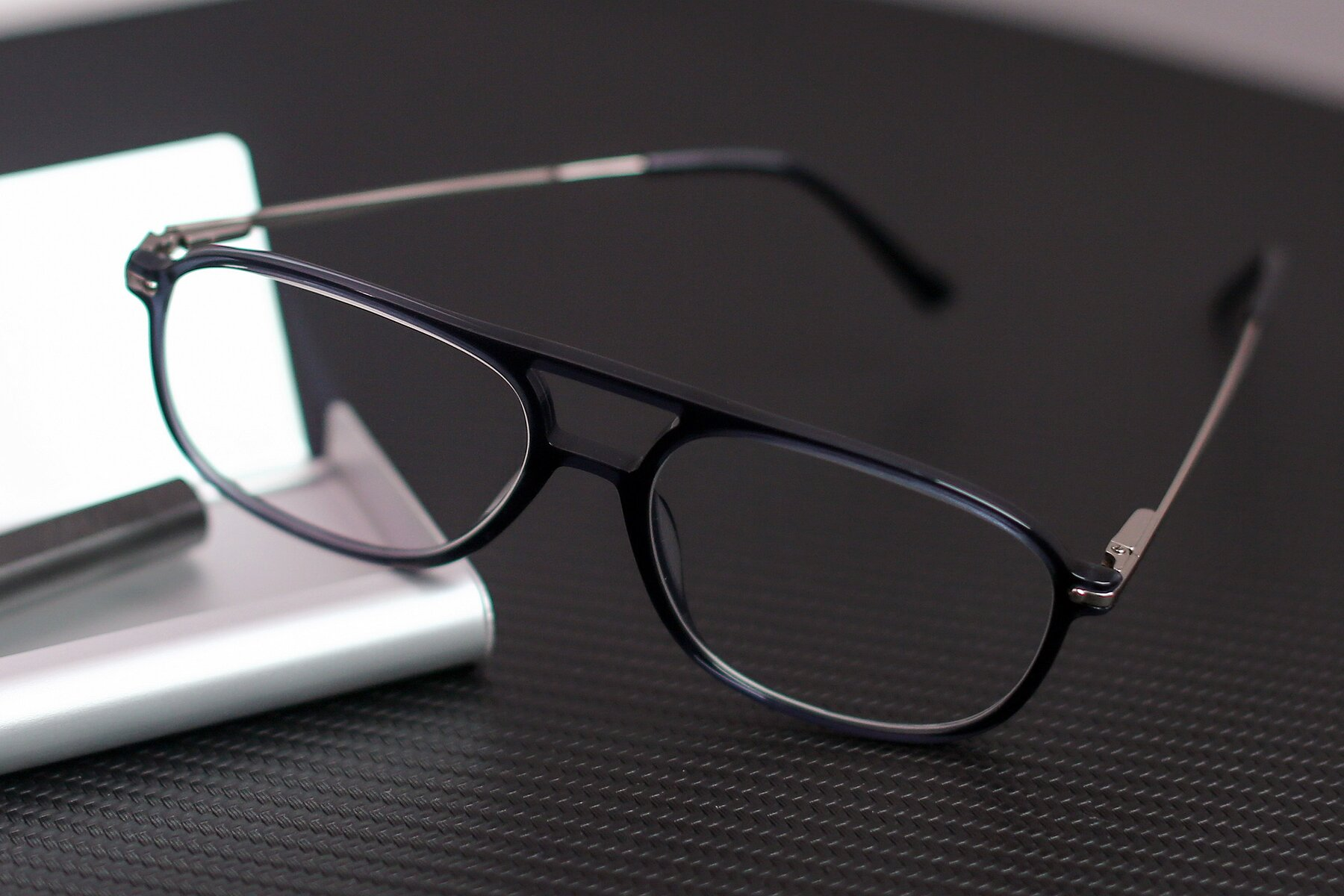Lifestyle photography #2 of 17580 in Dark Bluish Gray with Clear Eyeglass Lenses