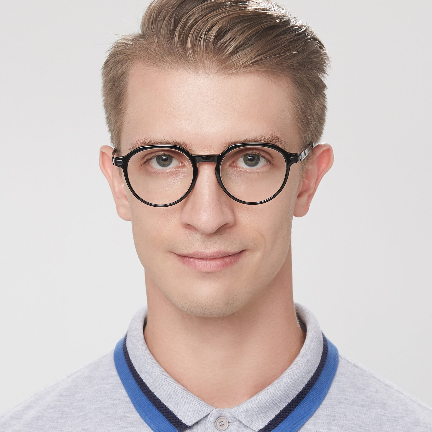 Men's lifestyle photography of 17643 in Black with Clear Eyeglass Lenses