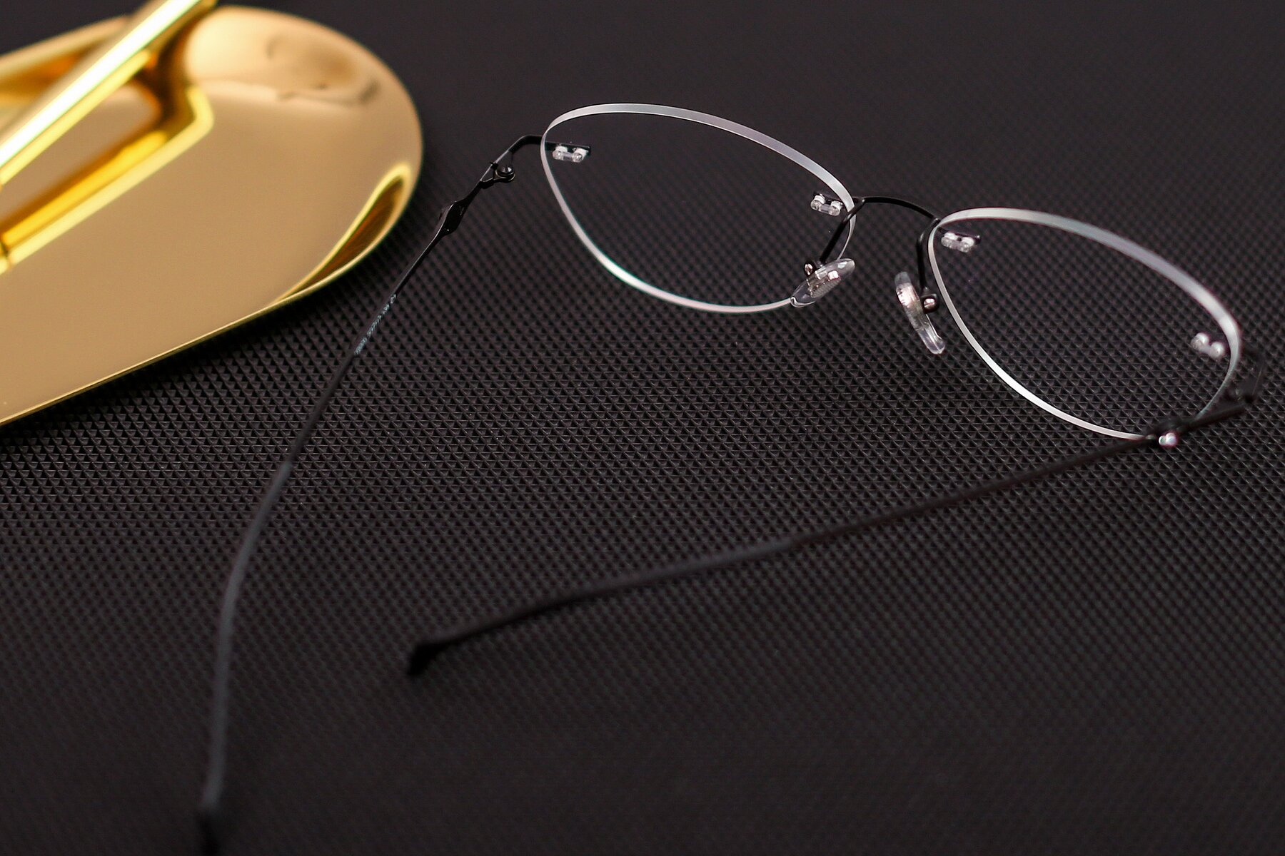 Lifestyle photography #2 of 19005 in Black with Clear Eyeglass Lenses