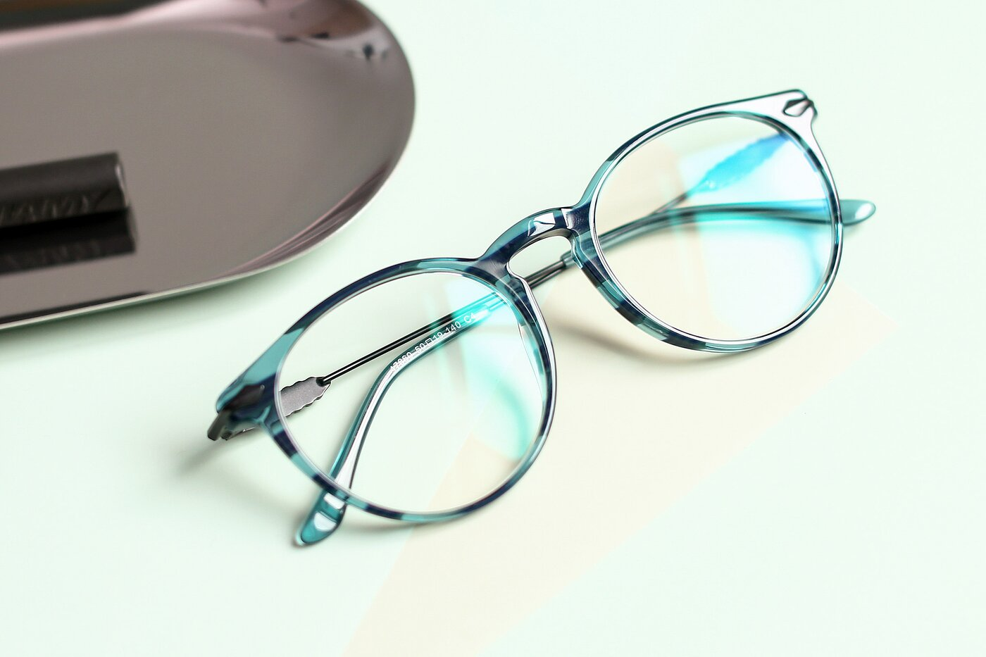 Stripe Blue Wayfarer Geek-Chic Keyhole Bridge Eyeglasses