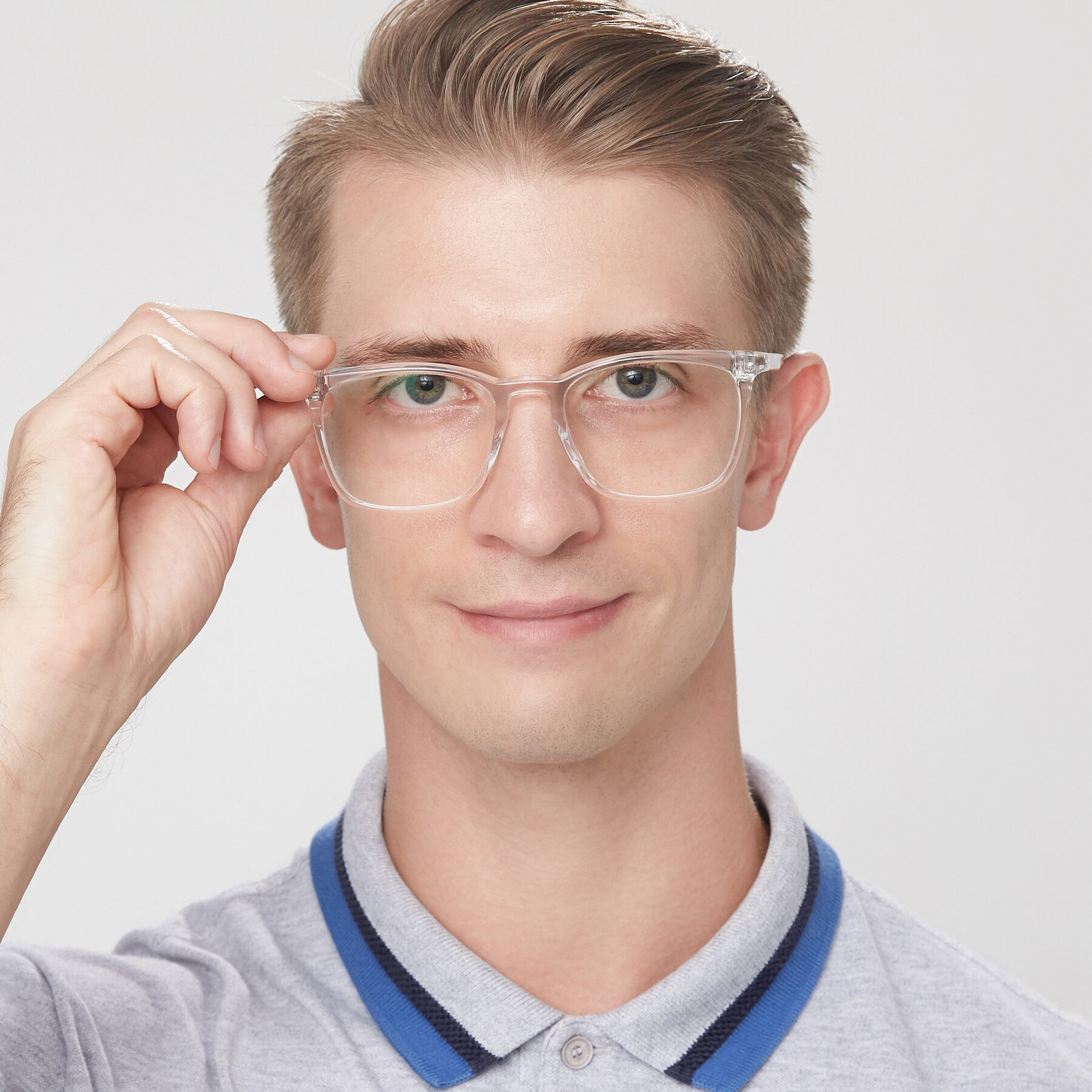 Men's lifestyle photography of Vigor in Clear with Clear Blue Light Blocking Lenses