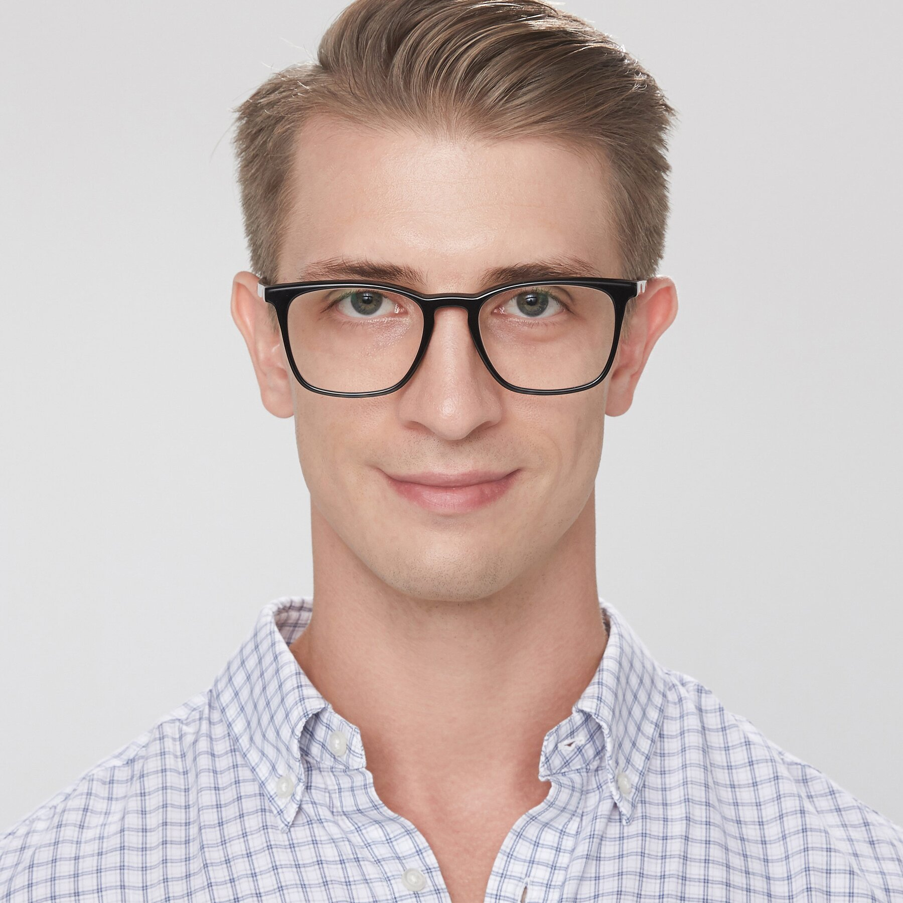 Men's lifestyle photography of Vigor in Black-Tortoise with Clear Eyeglass Lenses