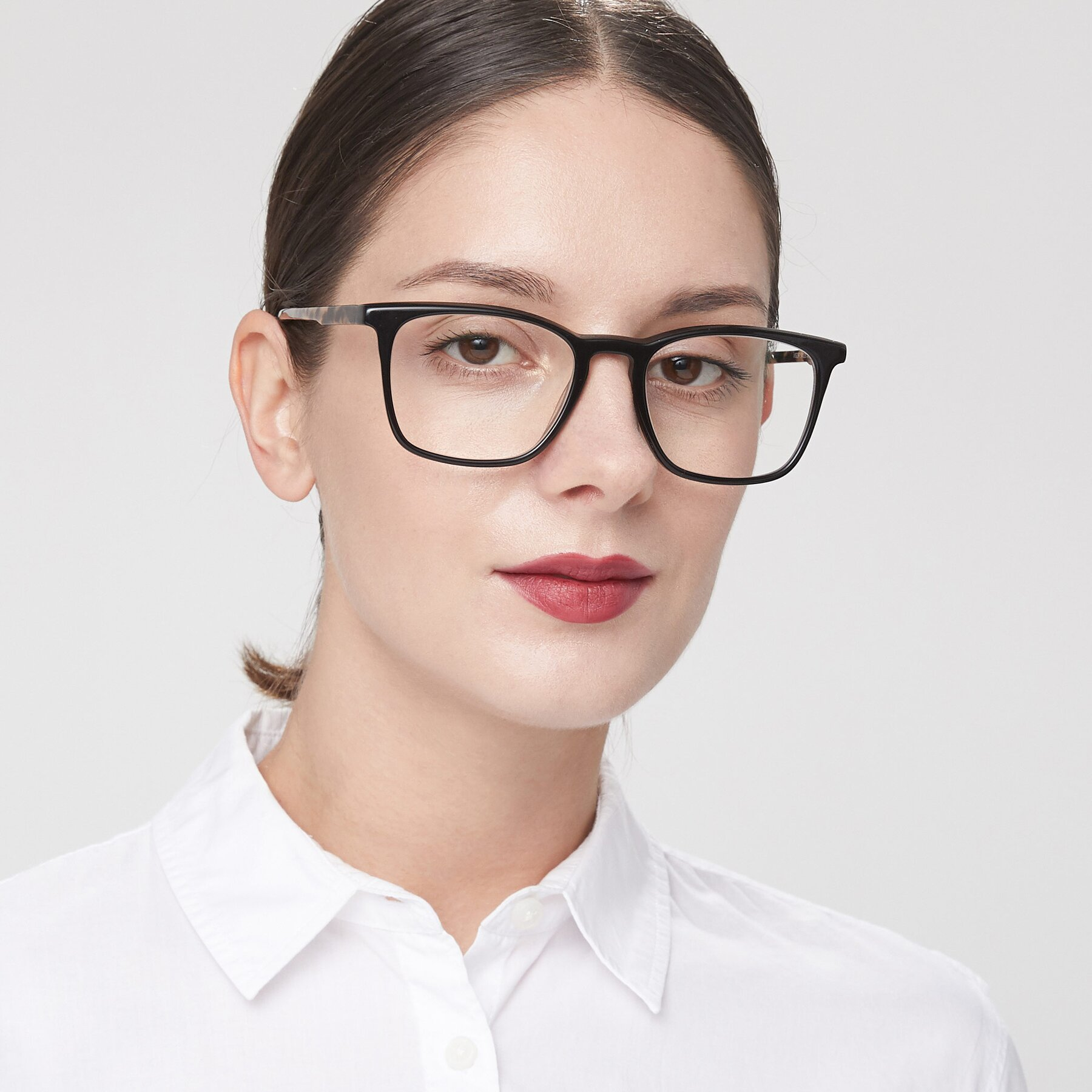 Women's lifestyle photography of Vigor in Black-Tortoise with Clear Eyeglass Lenses