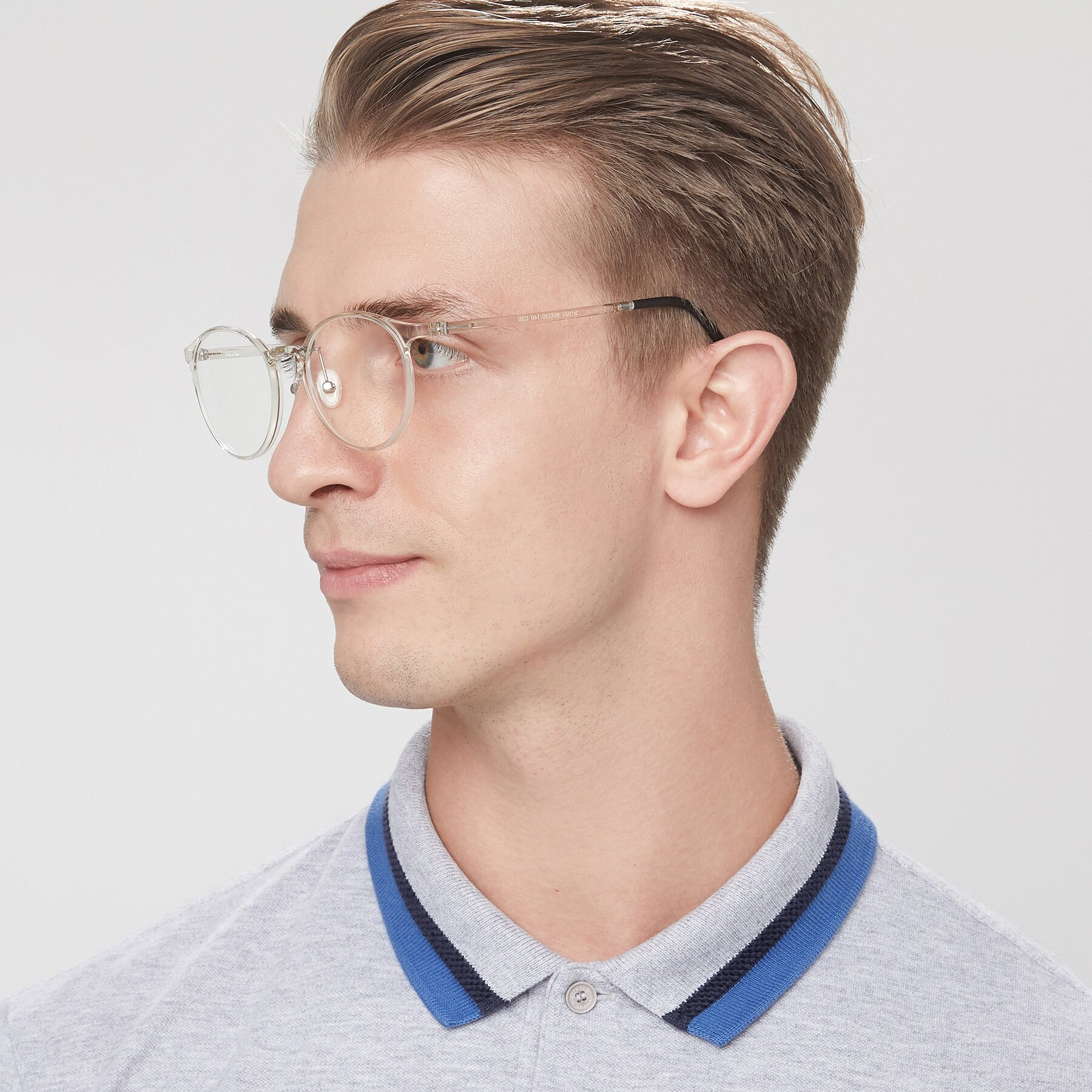 Men's lifestyle photography of S7027 in Clear with Clear Blue Light Blocking Lenses