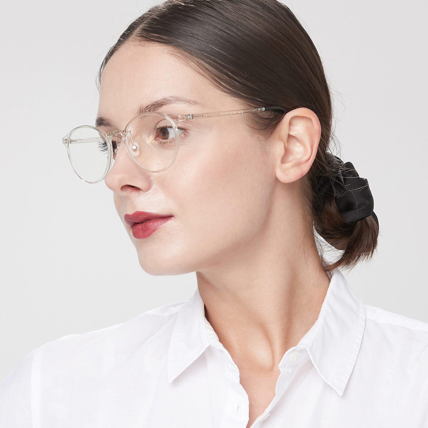 Women's lifestyle photography of S7027 in Clear with Clear Eyeglass Lenses