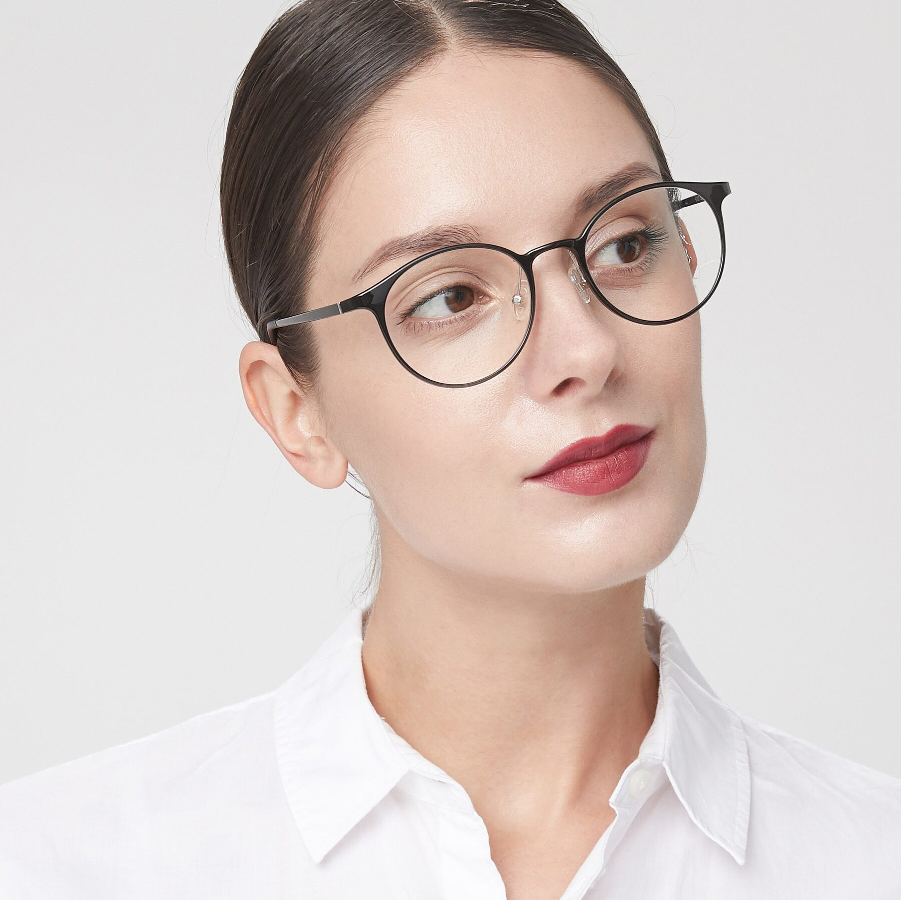 Women's lifestyle photography of S7027 in Black with Clear Blue Light Blocking Lenses