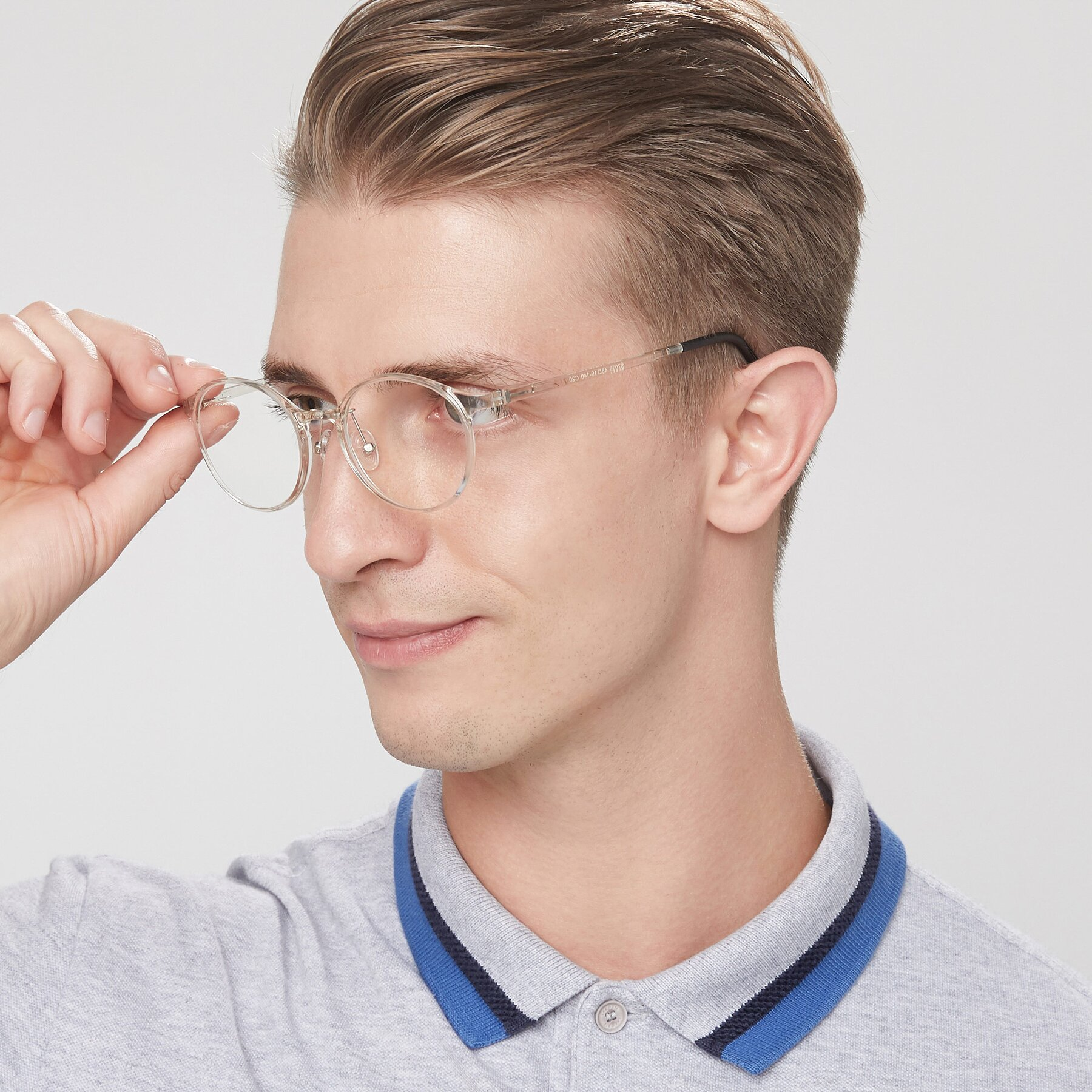 Men's lifestyle photography of S7039 in Clear with Clear Eyeglass Lenses