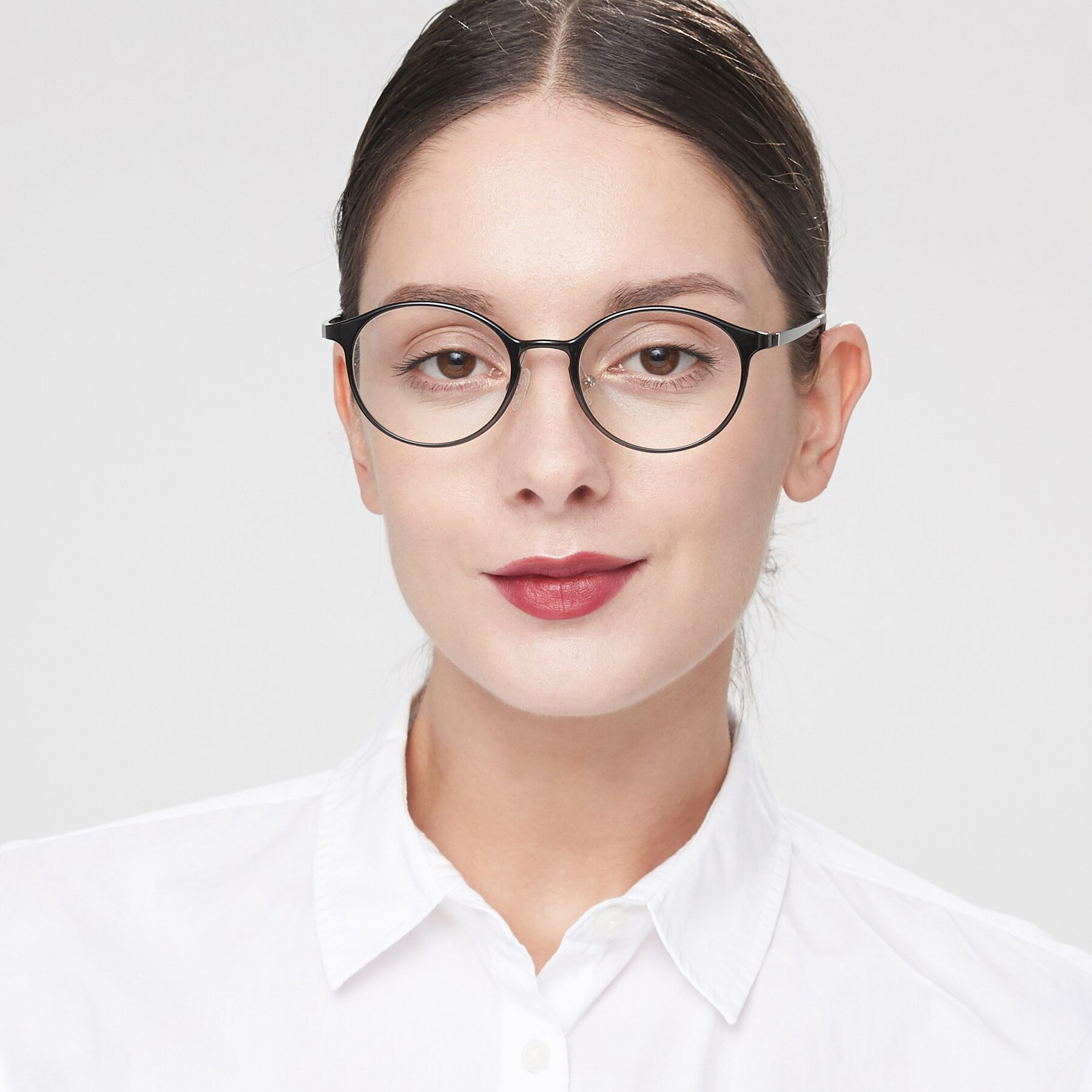 Women's lifestyle photography of S7039 in Black with Clear Eyeglass Lenses
