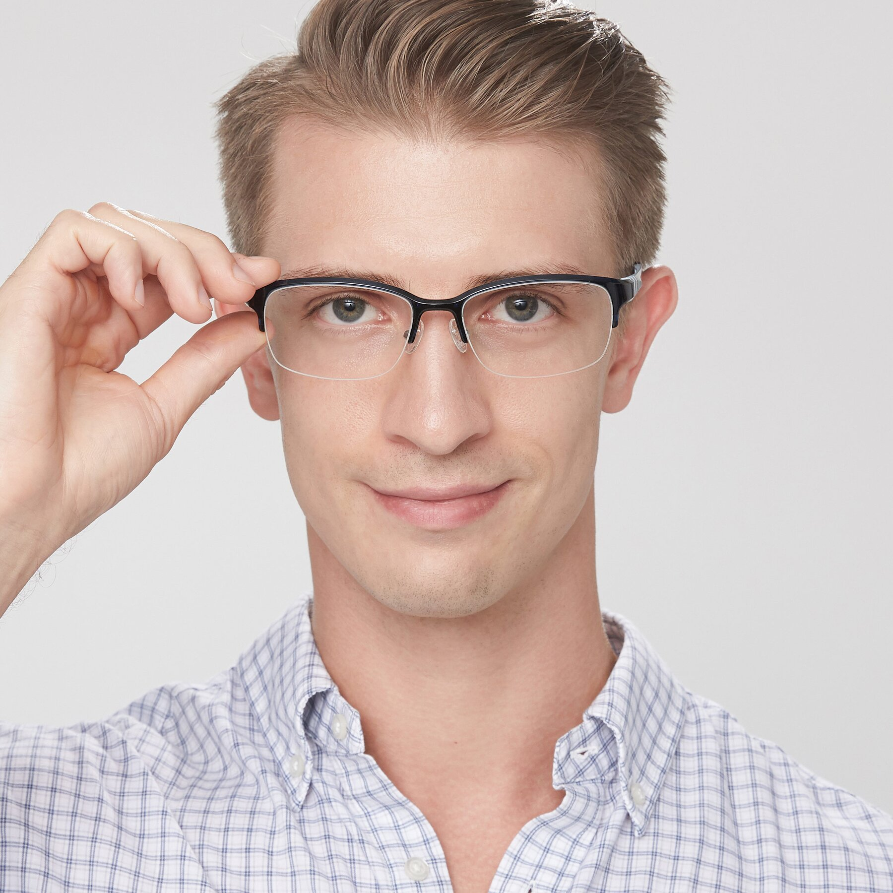 Men's lifestyle photography of S7043 in Black-Blue with Clear Eyeglass Lenses