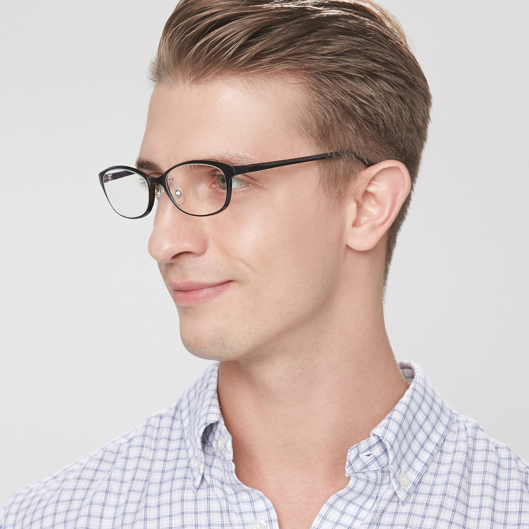 Men's lifestyle photography of S7040 in Black with Clear Blue Light Blocking Lenses