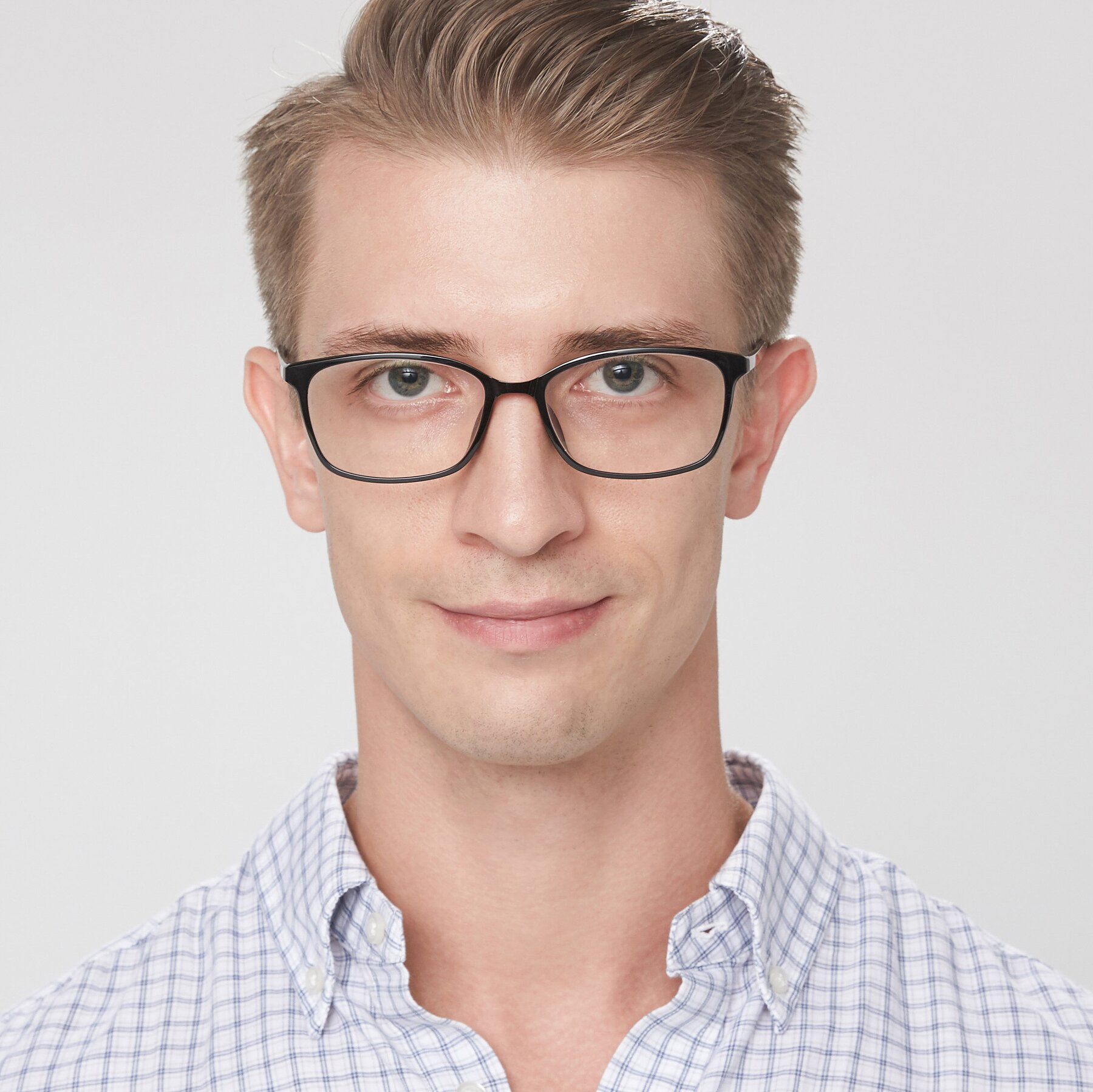 Men's lifestyle photography of S7036 in Black with Clear Eyeglass Lenses