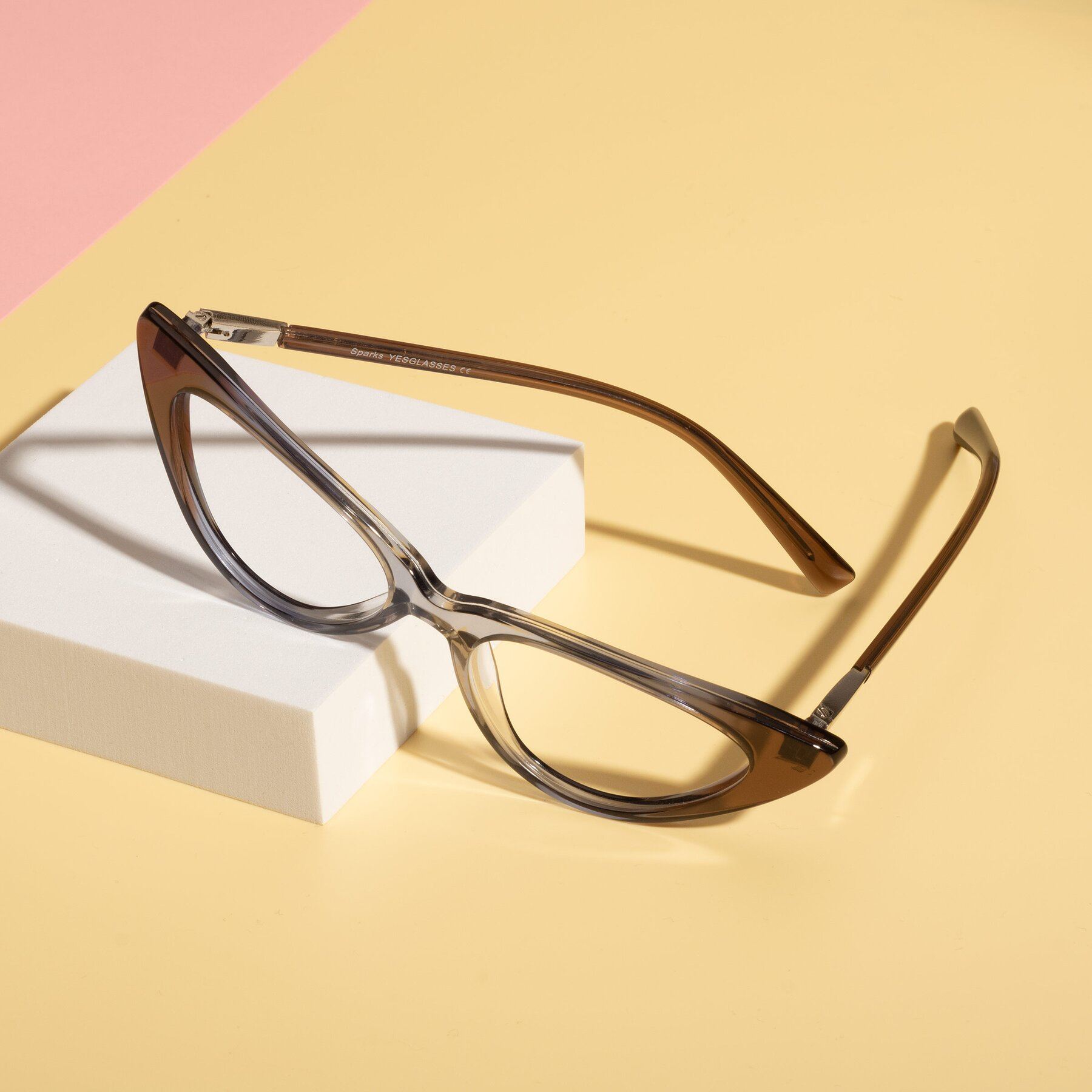 Lifestyle photography #2 of Sparks in Transparent Gradient Brown with Clear Eyeglass Lenses