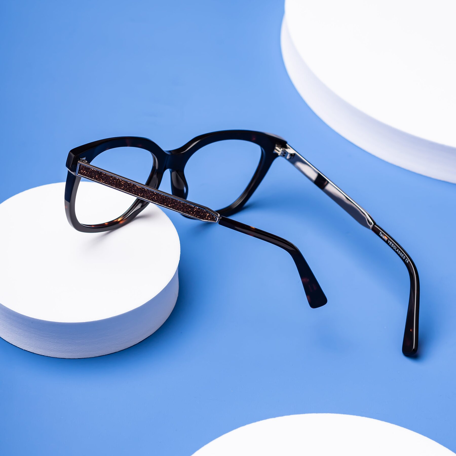 Lifestyle photography #2 of Talent in Tortoise with Clear Blue Light Blocking Lenses