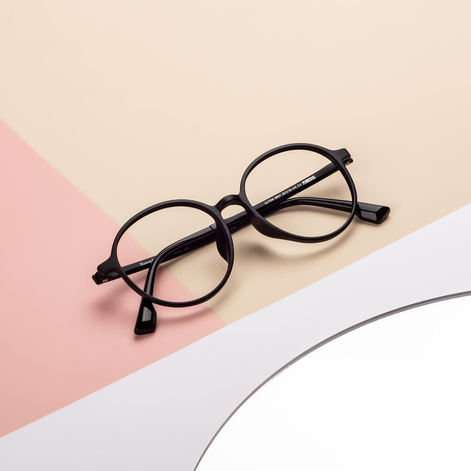 Lifestyle photography #1 of Howard in Matte Black with Clear Eyeglass Lenses