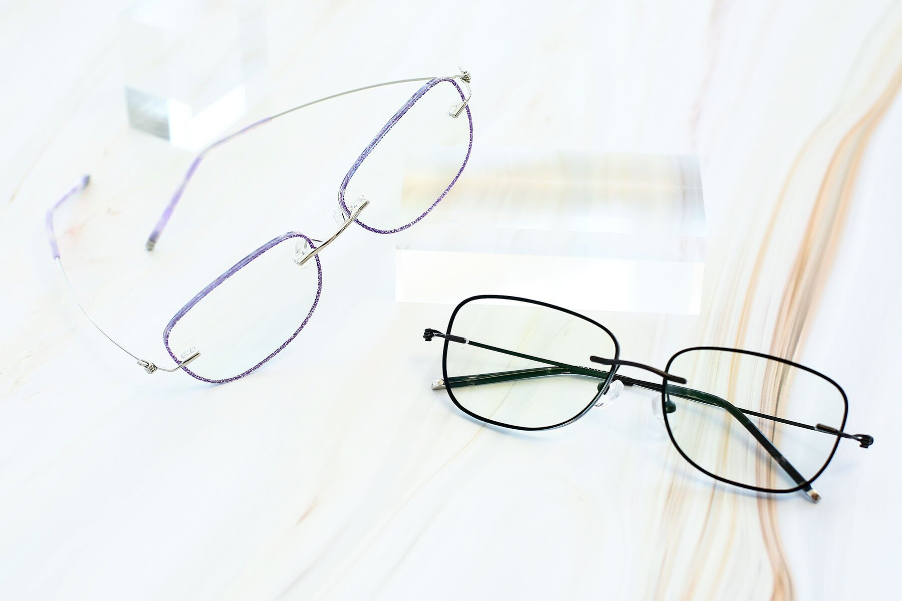 Lifestyle photography #5 of Y7002 in Purple-Silver with Clear Blue Light Blocking Lenses