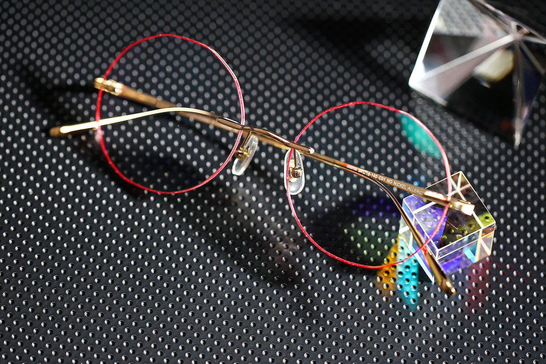 Women's lifestyle photography #1 of Y7007 in Gold-Red with Clear Eyeglass Lenses