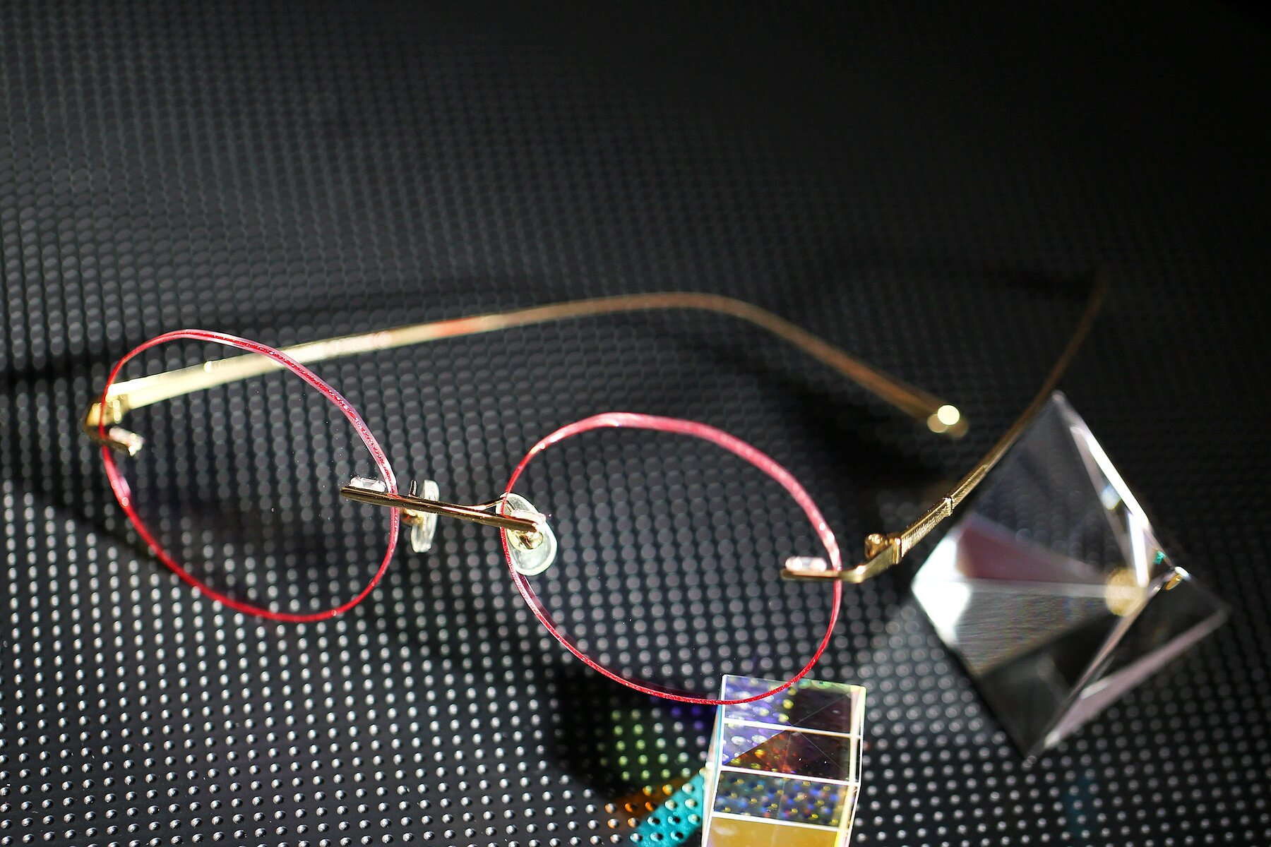 Women's lifestyle photography #2 of Y7007 in Gold-Red with Clear Eyeglass Lenses