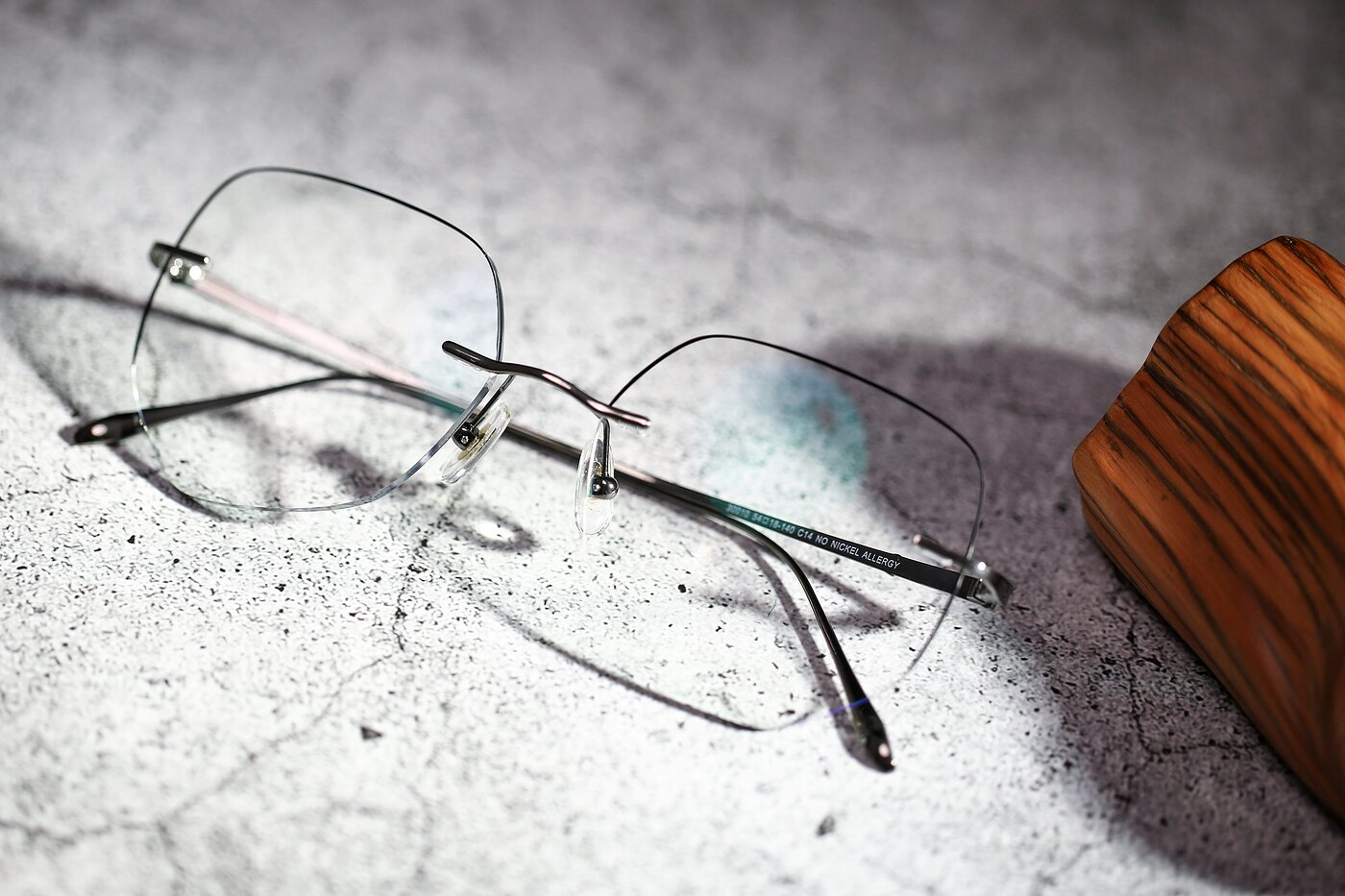 Gun-Black Oversized Titanium Color-Edged Rimless Eyeglasses