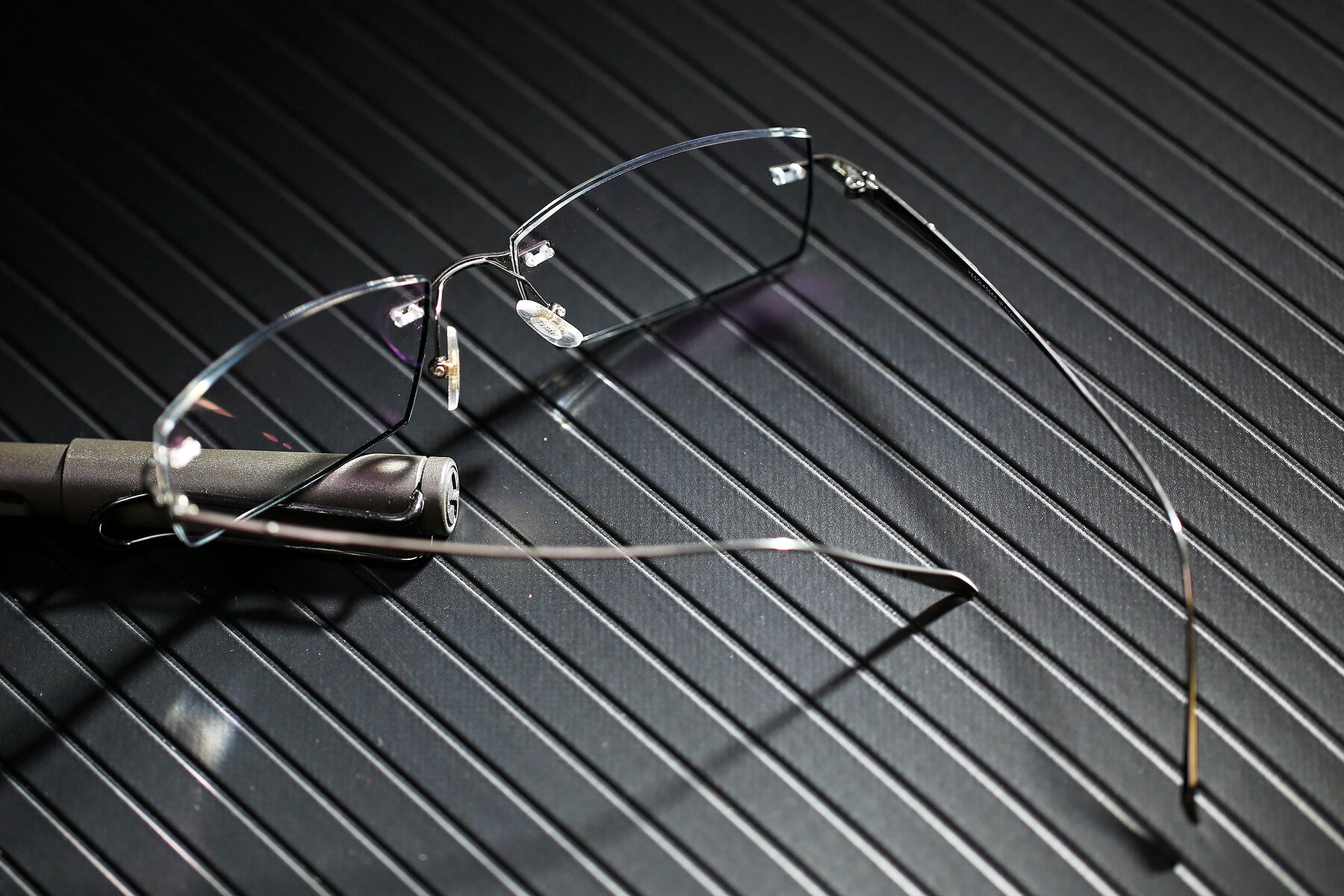 Lifestyle photography #2 of Y7015 in Gun-Black with Clear Eyeglass Lenses