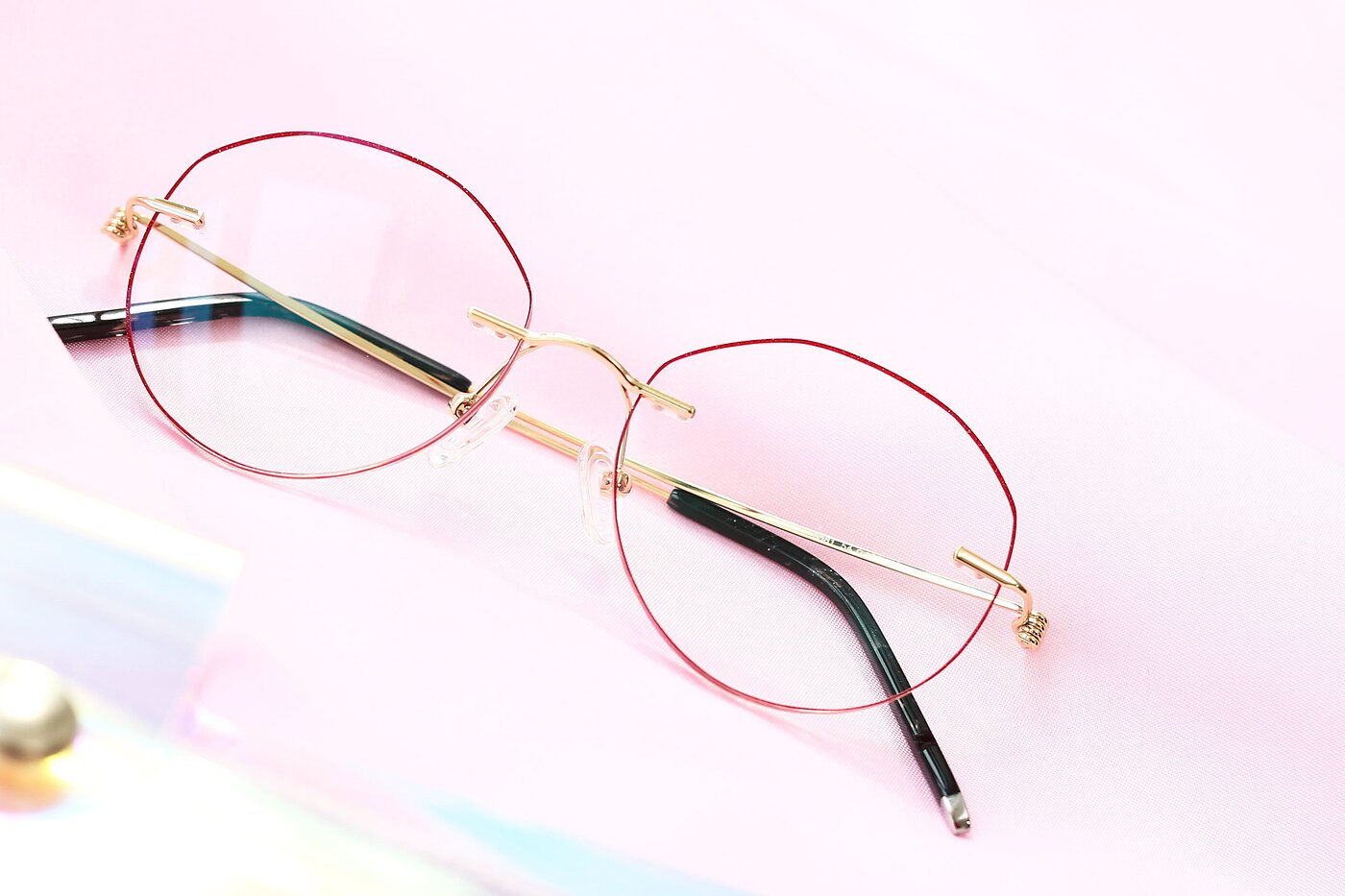 Gold-Red Metal Irregular Color-Edged Rimless Eyeglasses