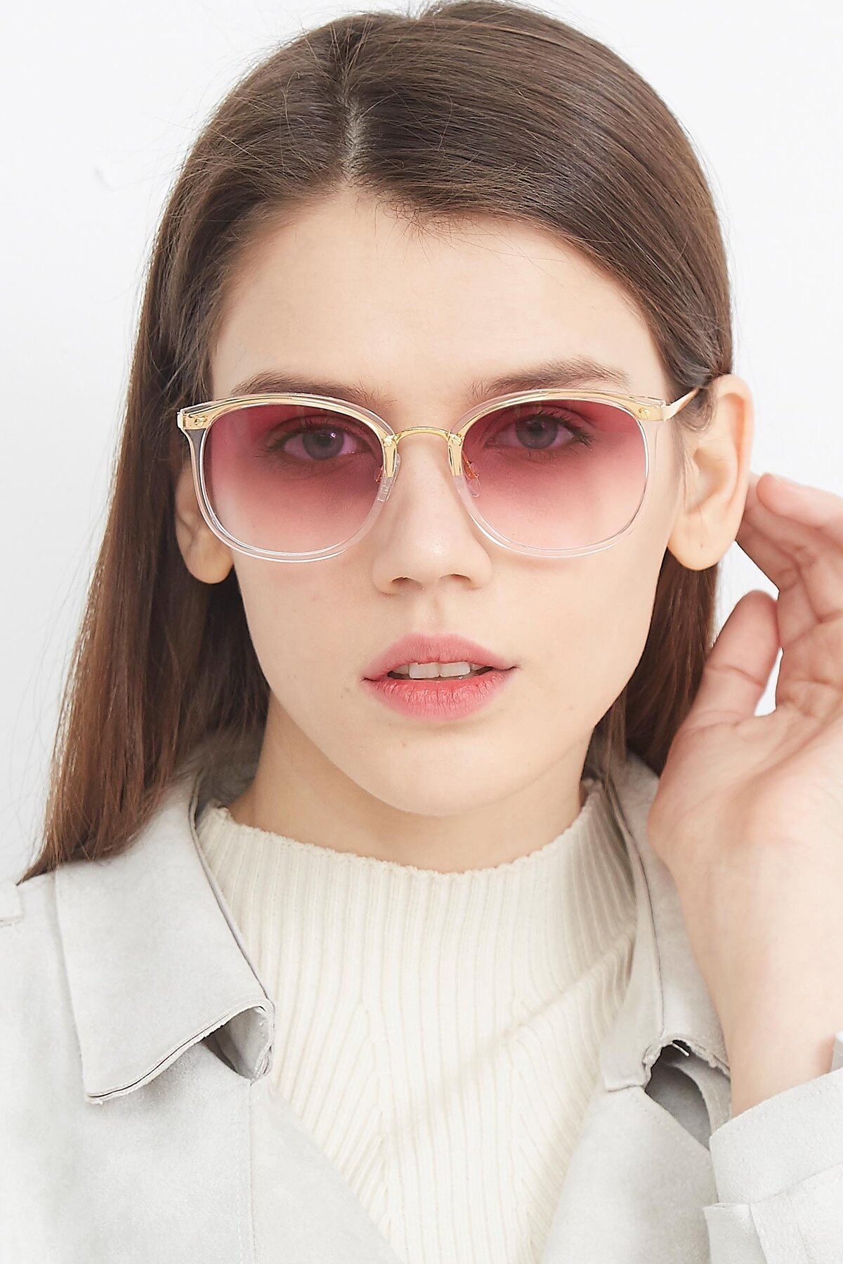 Women's lifestyle photography (portrait-1) of Timeless in Transparent Pink with Purple Gradient Lenses