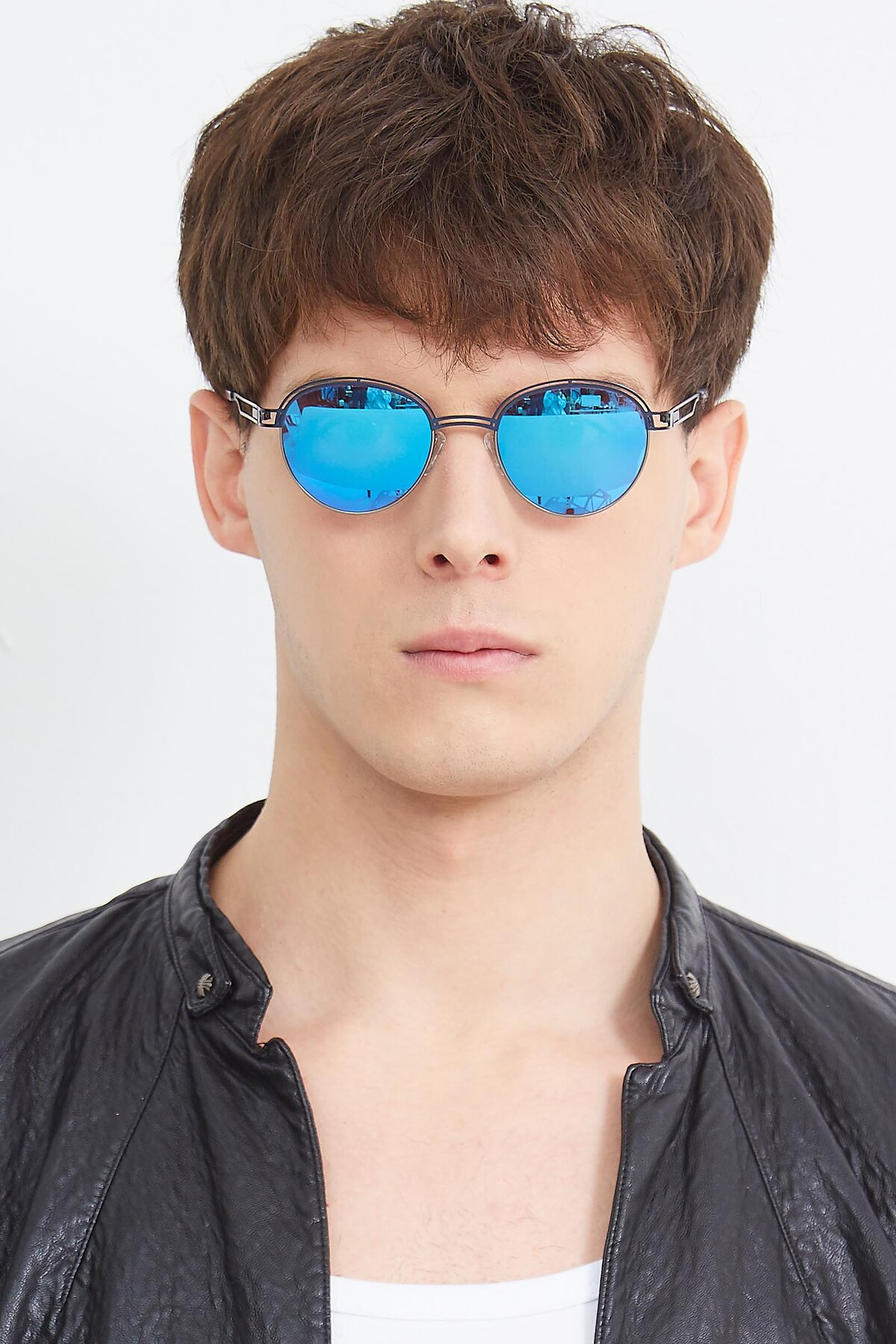 Men's lifestyle photography (portrait-1) of Marvel in Blue-Gunmetal with Blue Mirrored Lenses