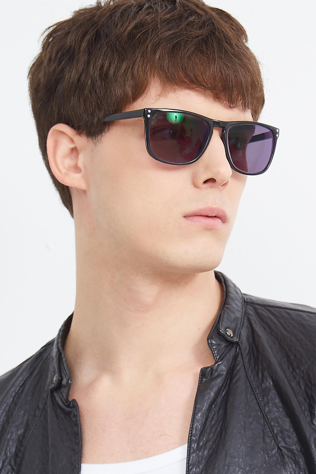 Men's lifestyle photography (portrait-2) of SSR411 in Black with Gray Tinted Lenses