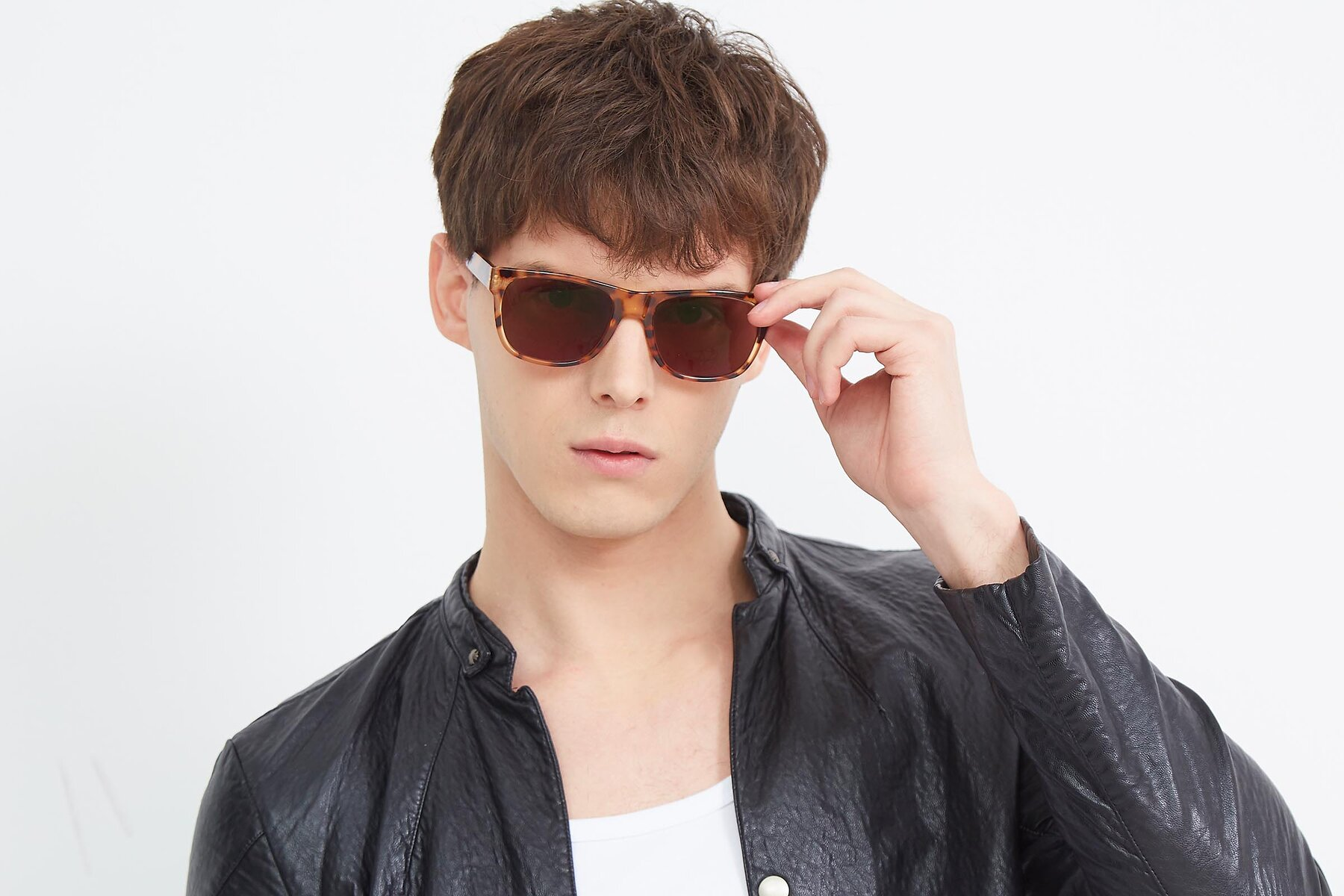 Men's lifestyle photography (landscape-1) of SSR213 in Translucent Tortoise with Brown Tinted Lenses