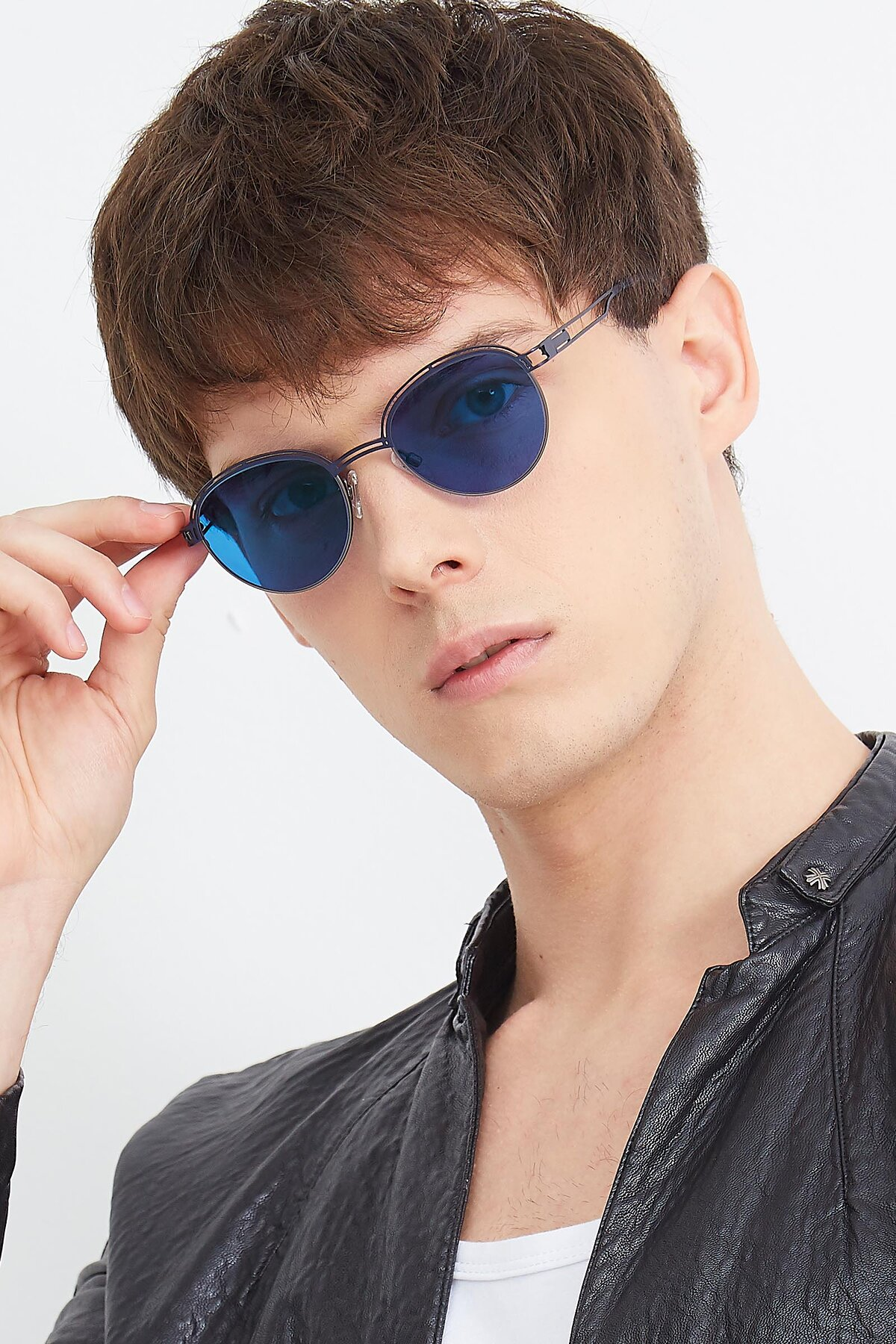 Men's lifestyle photography (portrait-2) of Marvel in Blue-Gunmetal with Blue Tinted Lenses