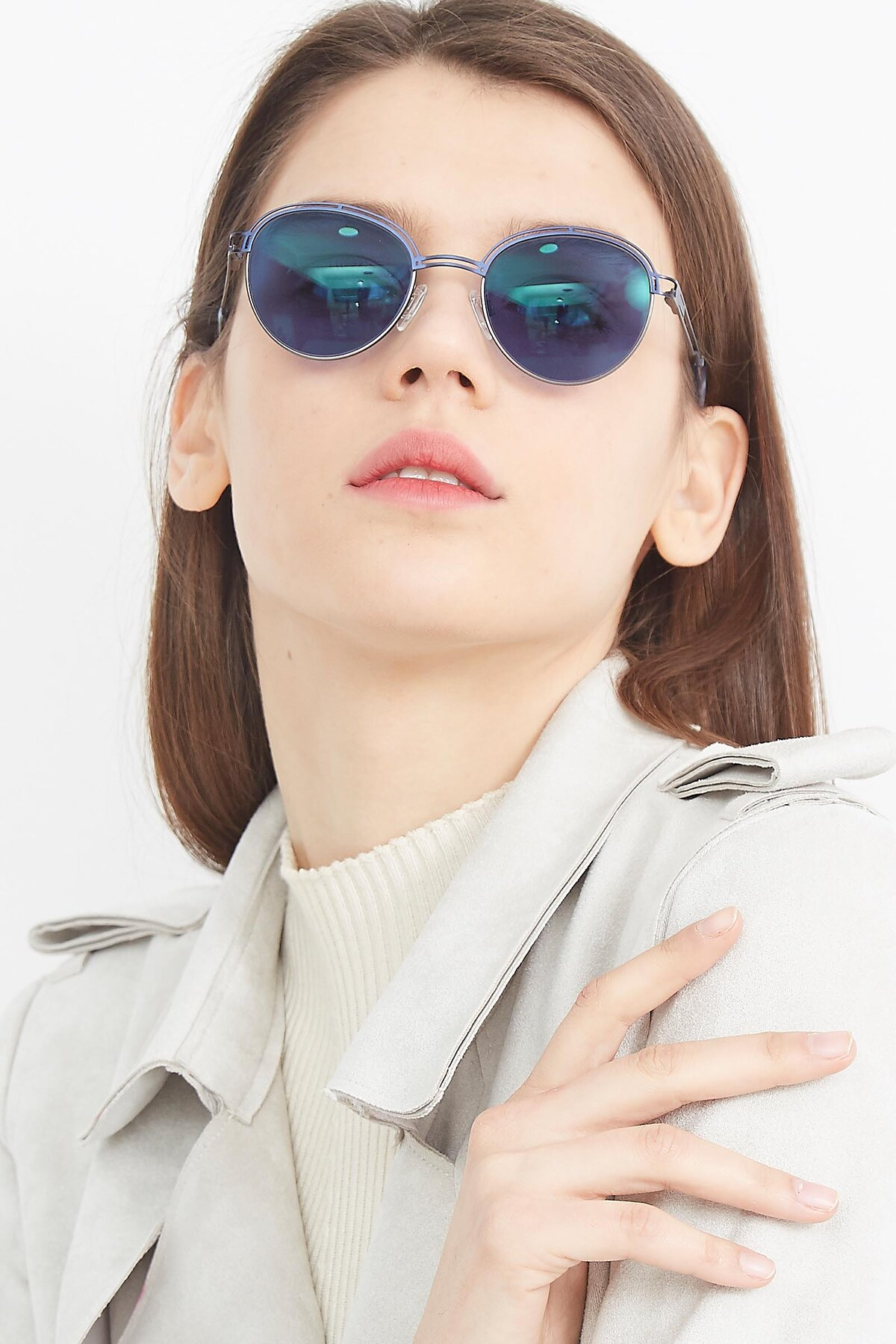 Women's lifestyle photography (portrait-1) of Marvel in Blue-Gunmetal with Blue Tinted Lenses
